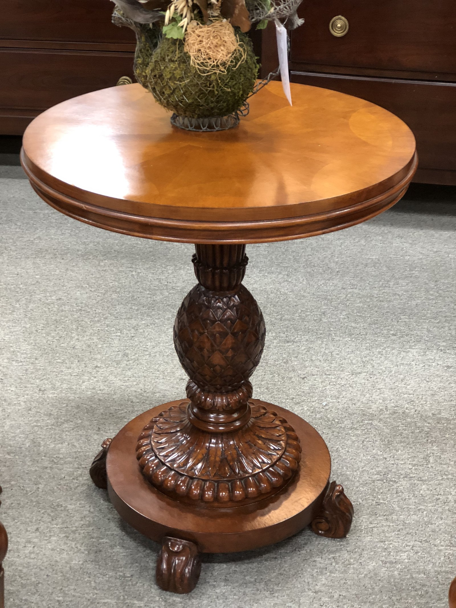 accent table petersons consigning design ethan allen pineapple outdoor metal bar ikea storage units with baskets glass nest tables snack patio furniture mississauga west elm