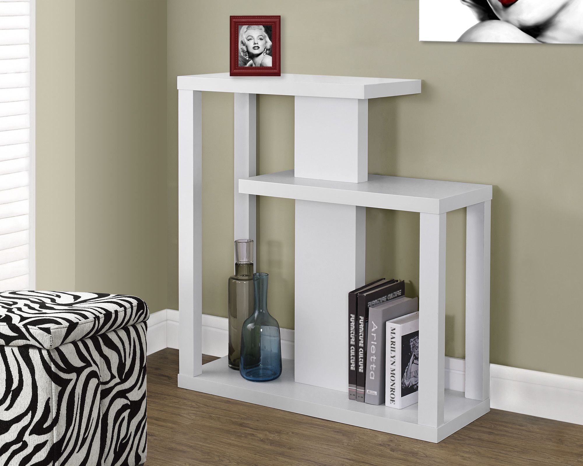 accent table white hall console dream home sofa tables classic furniture design glass end with shelf black area rugs silver cocktail armchairs for small spaces outdoor lounge