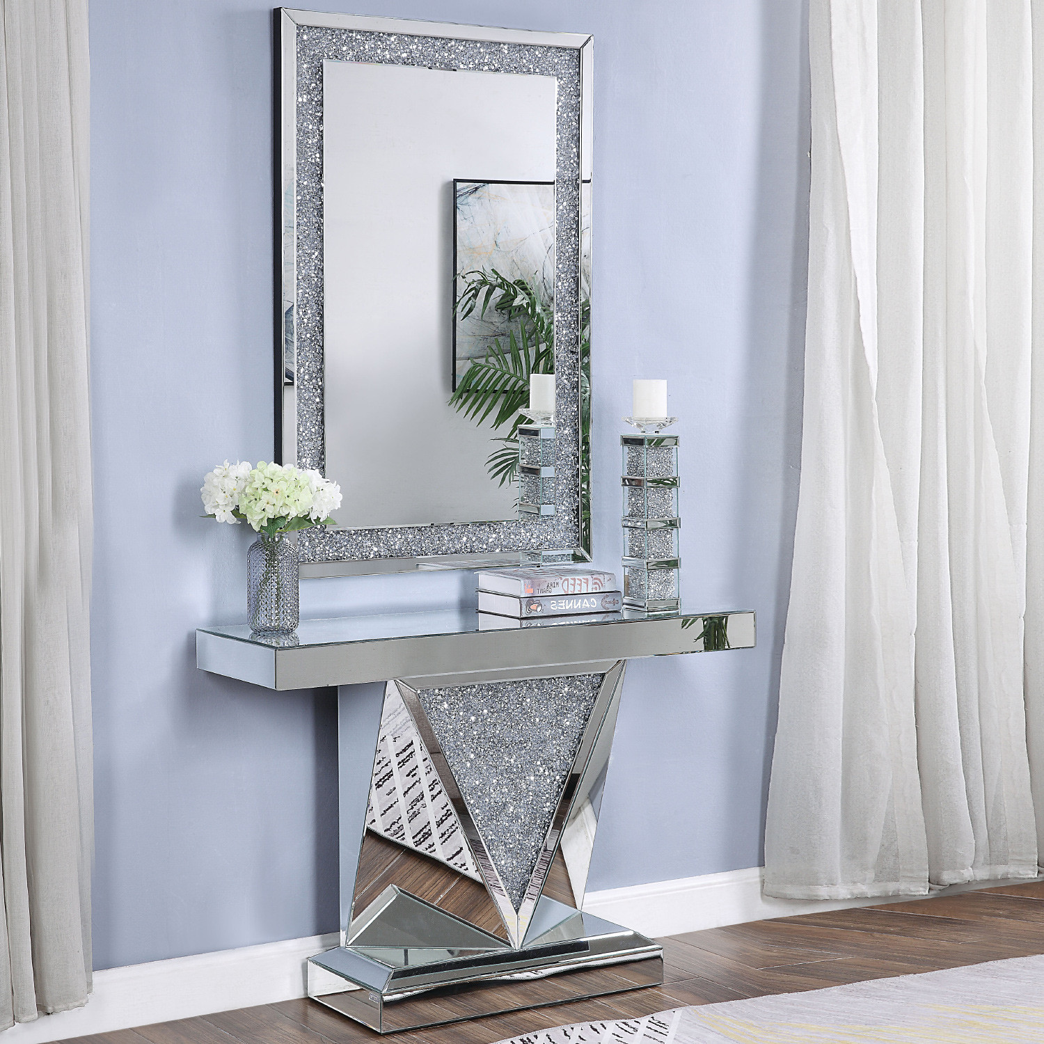 Diamond Mirrored Accent Table Grottepastenaecollepardo
