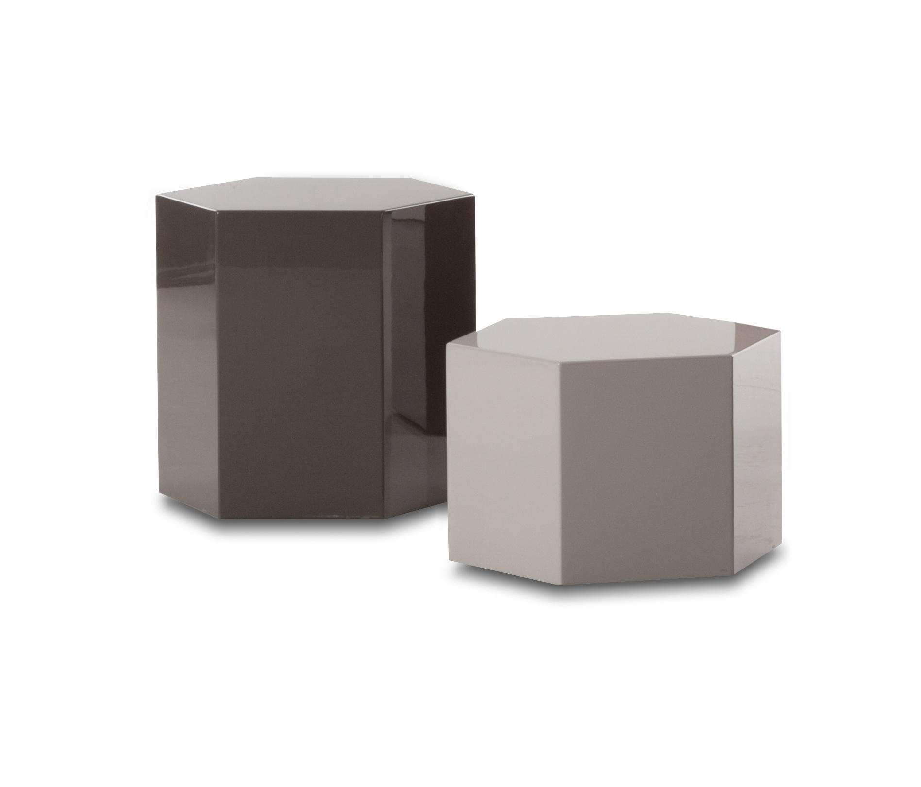 aeron outdoor accent tables side from minotti architonic table with power pier one lamps silver mirrored nightstand furniture brushed brass coffee bunnings piece setting small