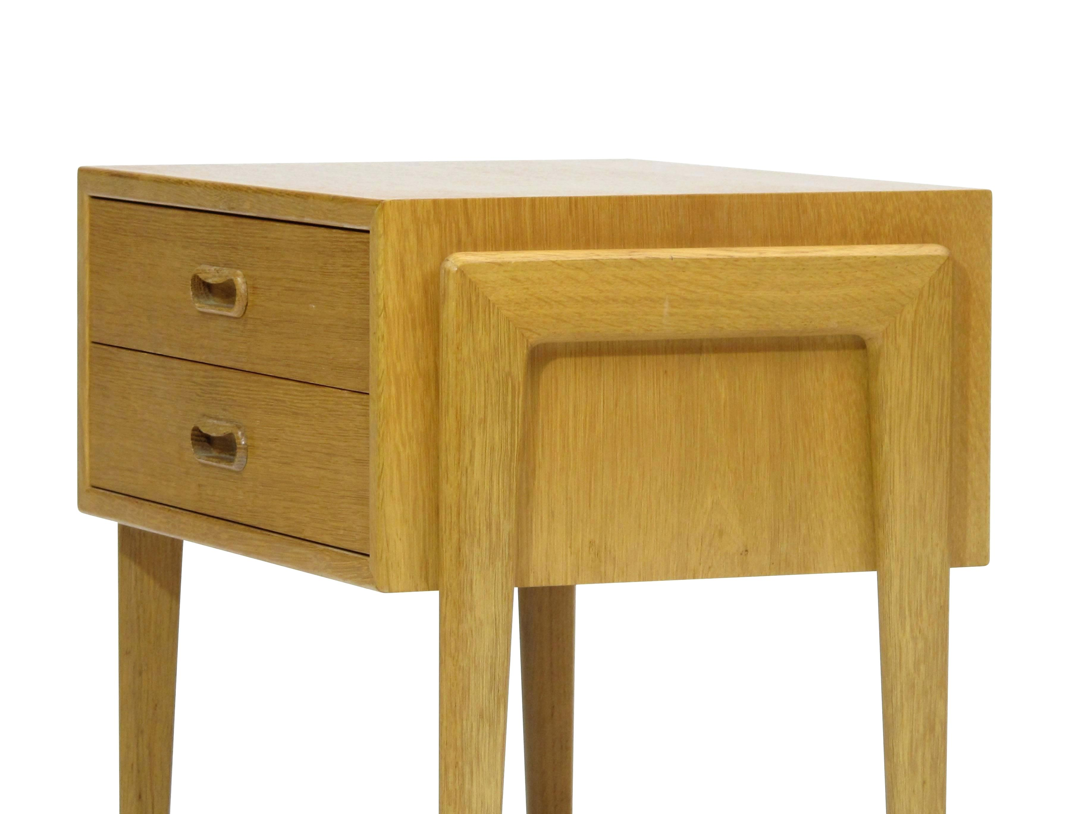 barnwood end tables probably terrific great white oak table nightstand stained shyamaprasad info pair danish nightstands side for veneer foot farmhouse solid wood trunk target low