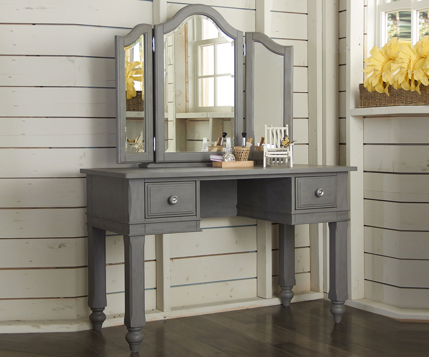 bathroom remarkable vanity desk with unique accent for home furniture ideas table white circle coffee mirrored bedside lockers pottery barn mercury glass floor lamp metal outdoor