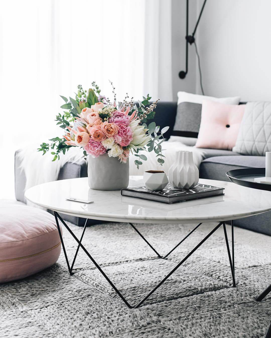 best coffee table decorating ideas and designs for homebnc accents peachy spring flower arrangement with geometric vases vintage brass glass green runner black half moon console