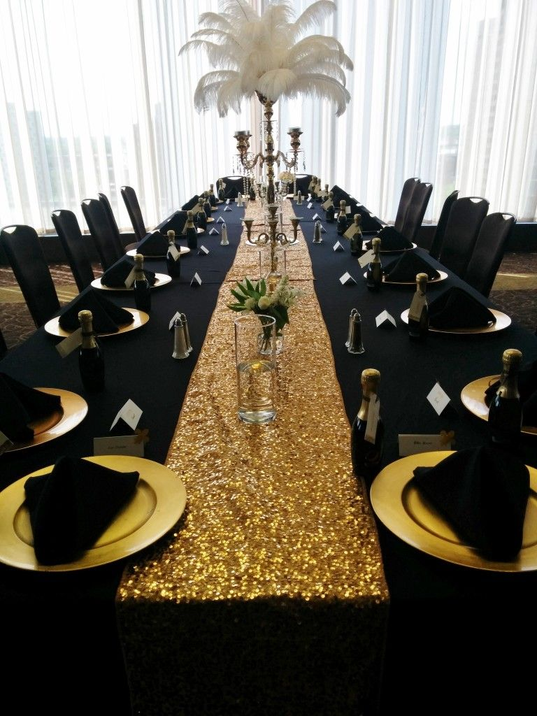 black table linens gold charger plates napkins pyramid fold round accent cloths sequin runner small floral vase large candelabra with peacock feathers ikea end tall narrow