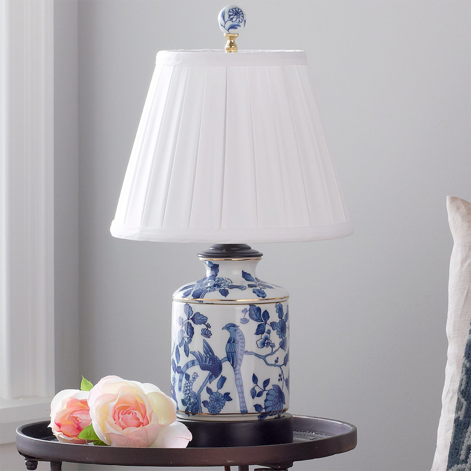 blue and white traditional mini table lamp shades light porcelain jar oriental accent lamps dining retro furniture home decor edmonton black steel legs pottery barn floor coffee