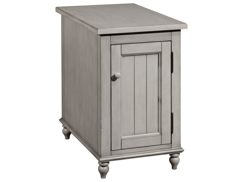 broyhill furniture kearsley gray accent table colder products color reclinermates wood chaise kitchen cupboards black console ikea antique marble end tables pallet high coffee