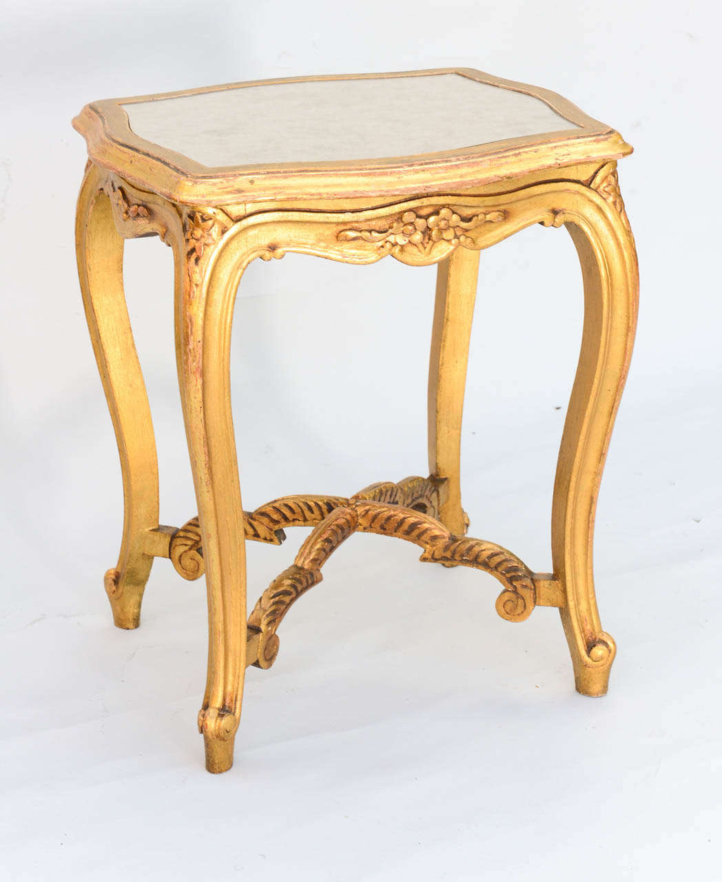 carved wood louis xvi style accent table with white marble skinny giltwood mirrored top for stacking tables target nautical pendant lamp hardwood nightstand charging station