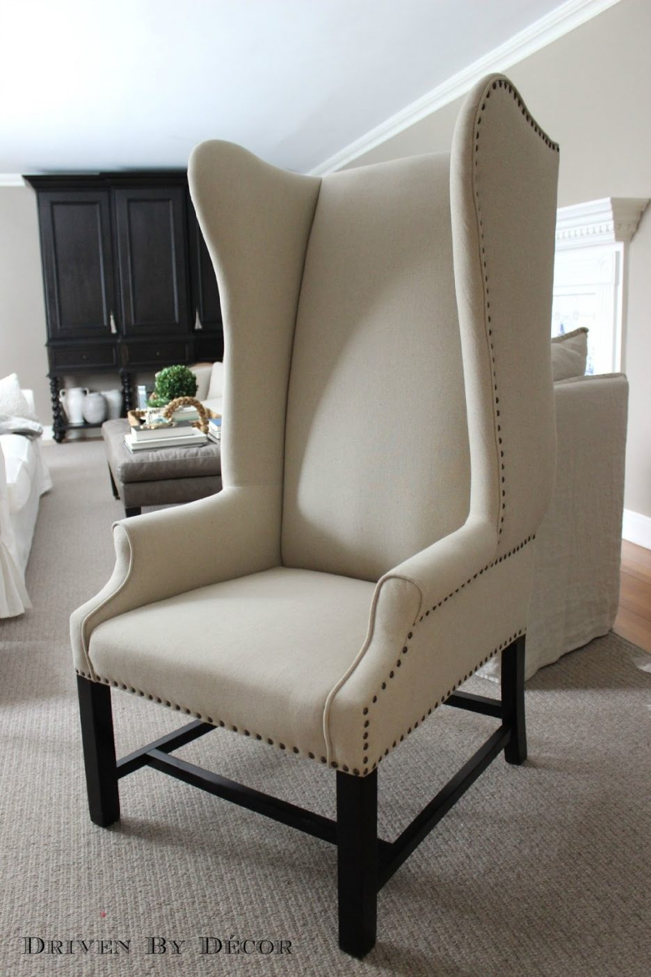 chairs under where accent home goods dining table vanity armchairs with arms tables breakfast nook furniture formal stained glass shades ikea outdoor marble end large tablecloth
