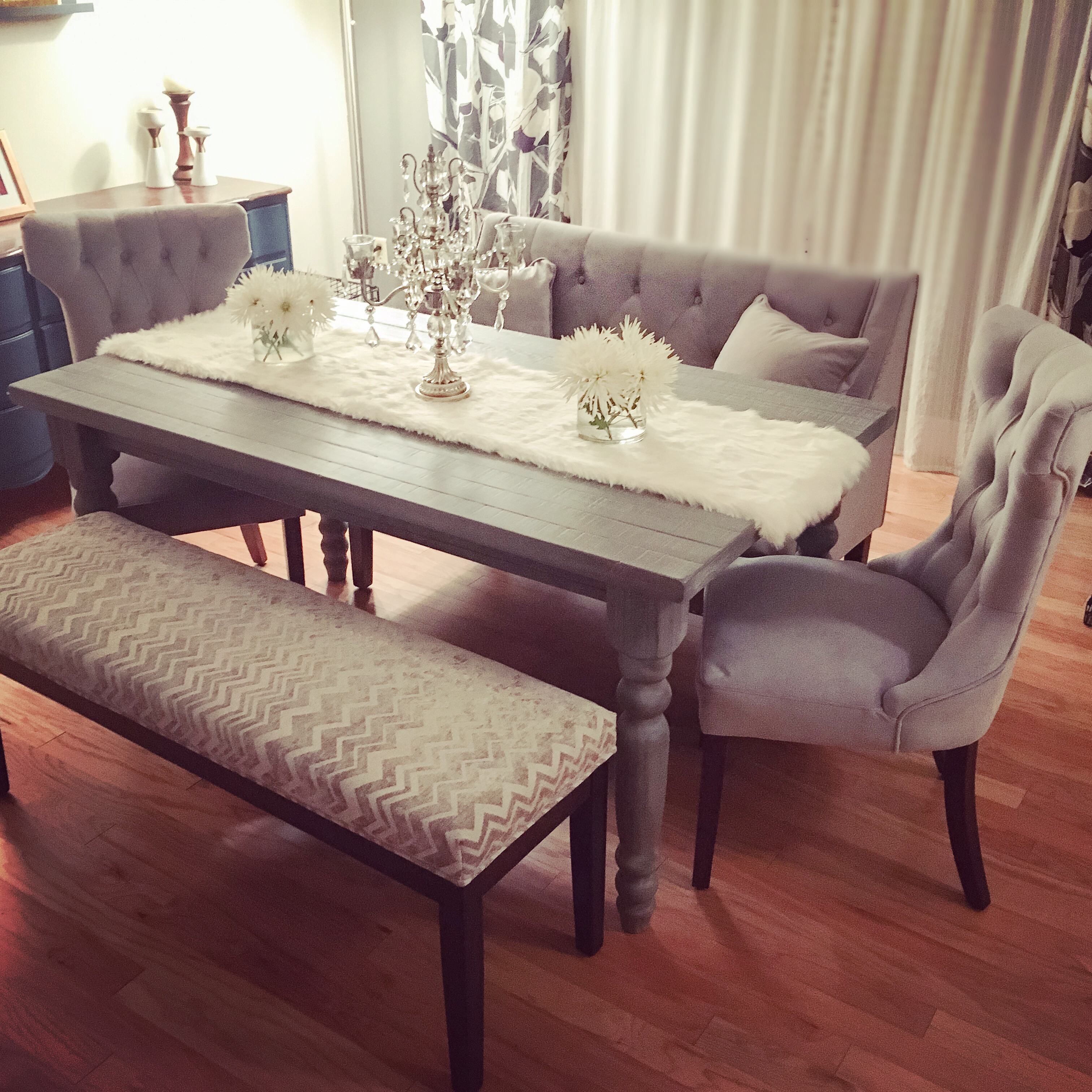 chairs wingback accent chair for dining room model plus enjoyable furniture grey tufted wood table bench laminated floor with arms knoll life parts interior design ideas living