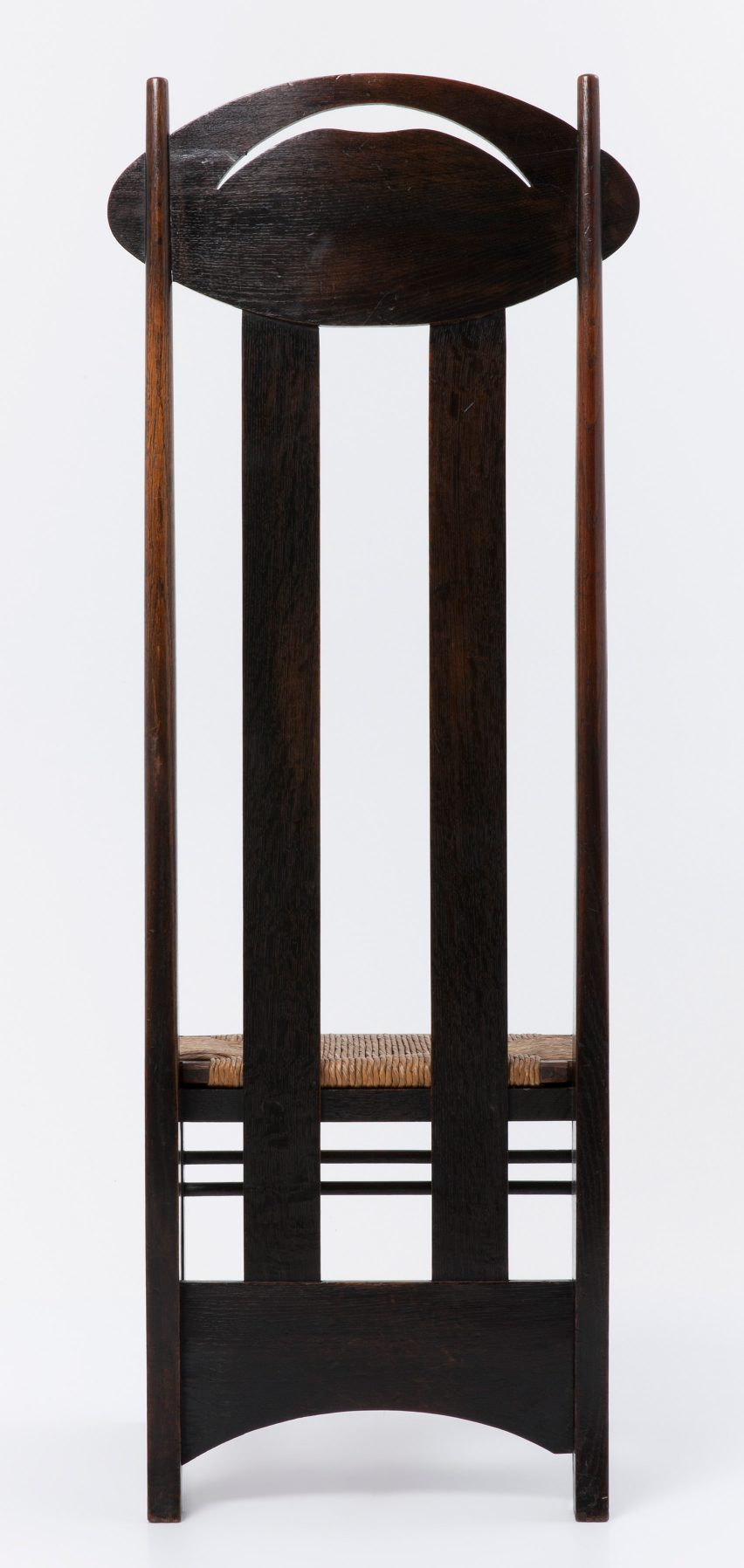 charles rennie mackintosh argyle chair was designed create design furniture dezeen col metal virgil accent table modern tables for living room bridal shower basket ideas kitchen