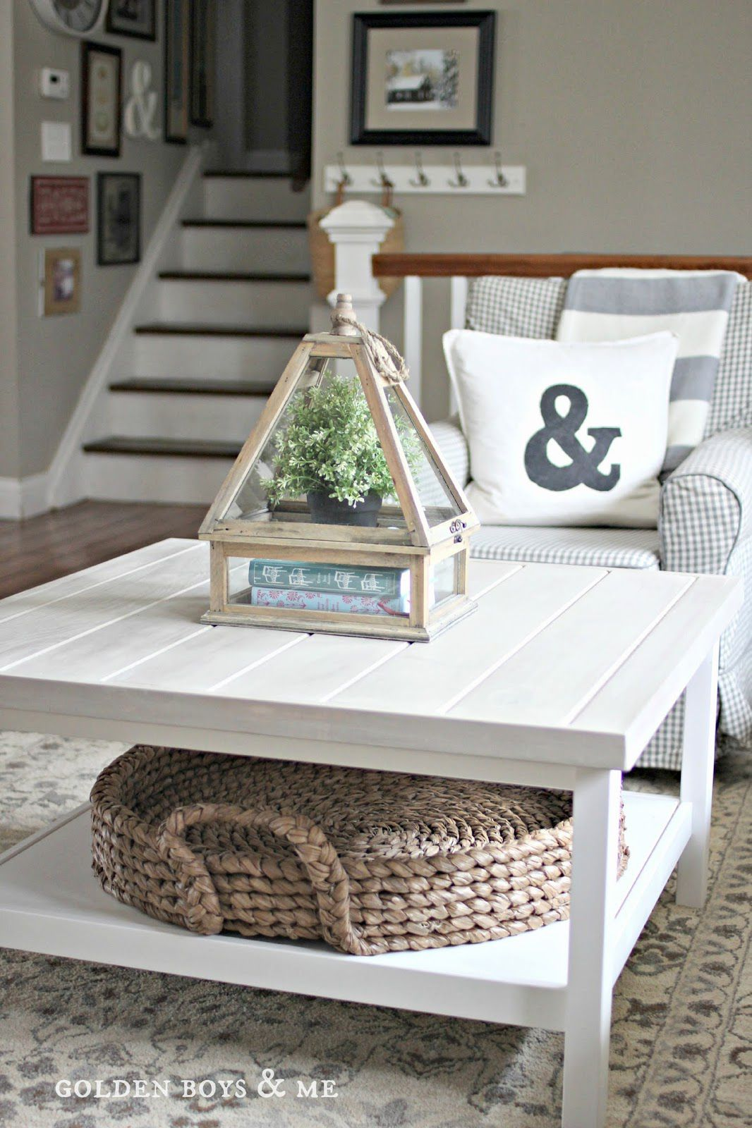 coffee table decorating ideas how style your centerpiece accents beach umbrella marble top nightstand vintage brass glass black half moon console small telephone stand metal legs