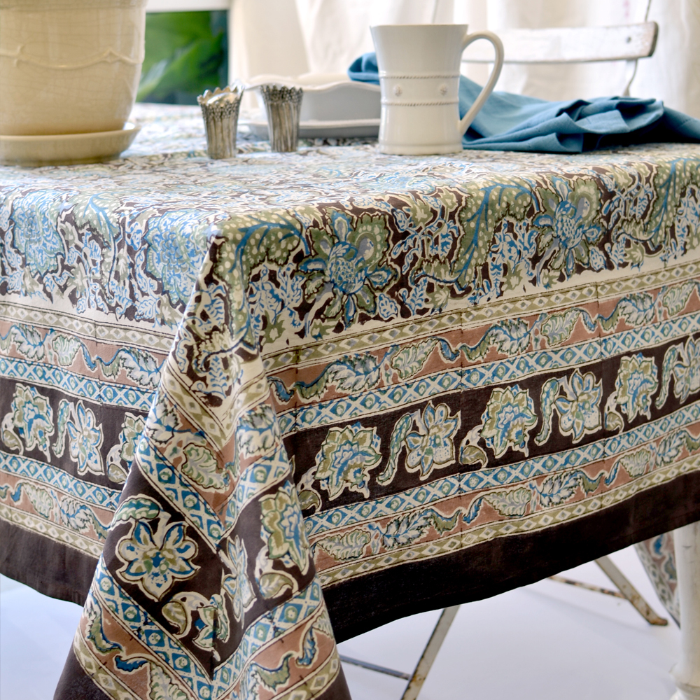 couleur nature tablecloths table runners placemats napkins mailinibluebrown french linen tablecloth artistic accents blue patio furniture hammered metal coffee luxury dining room