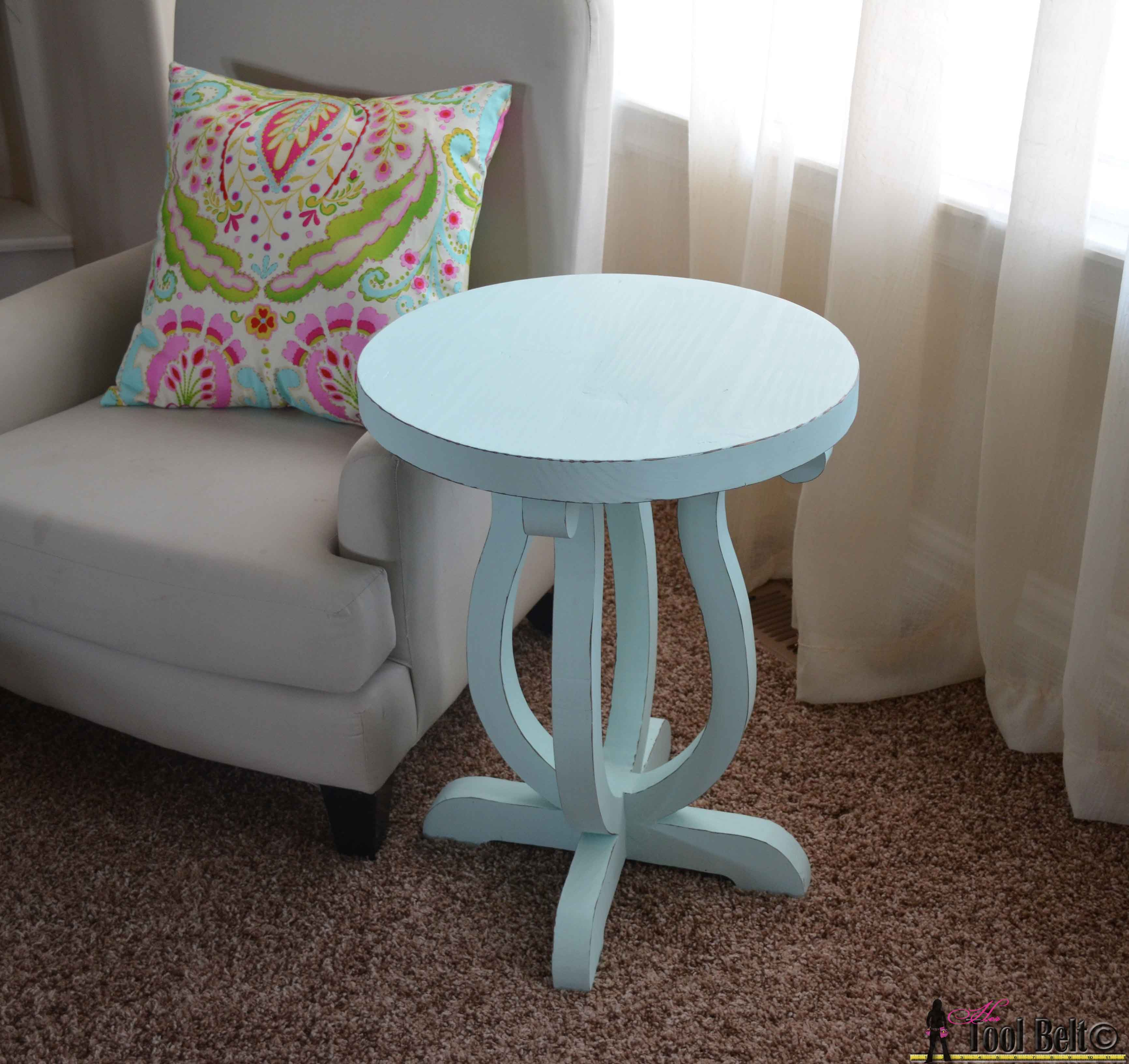 curvy side table her tool belt brynn pottery barn flower accent build cute from simple board free plans and counter height extendable college dorm room ashley furniture nesting