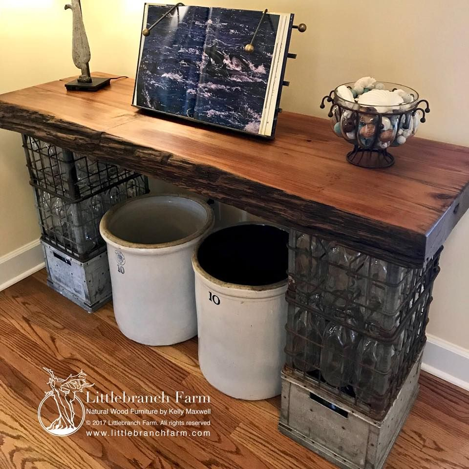 custom old growth redwood live edge accent table upcycling rustic milkcrate farmhouse salvagedwood accenttable naturalwood oldgrowthredwood cloth cherry wood dining room cast