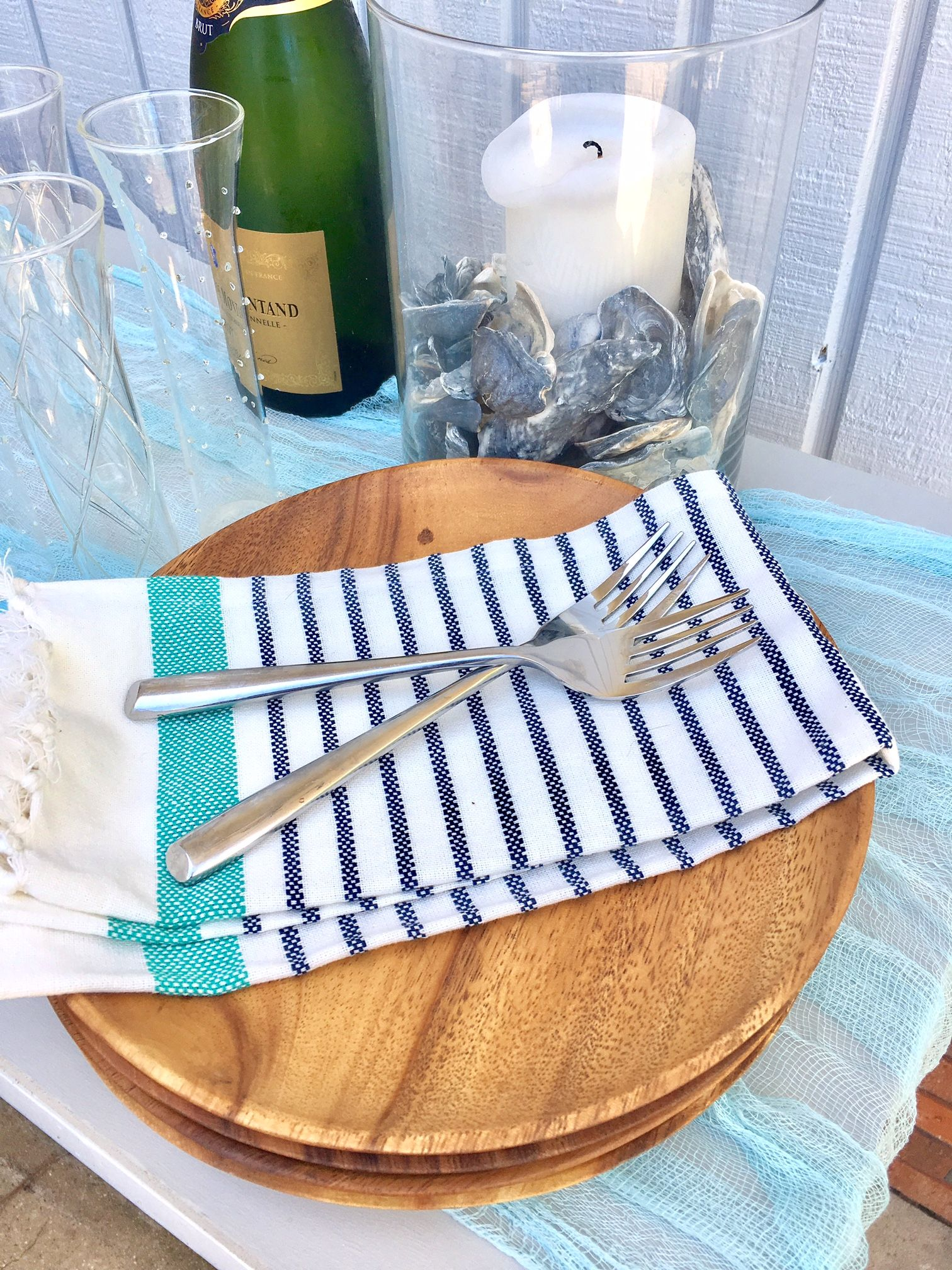 diy hire pro gauze table runners spring wedding accent your focus runner create custom for with this easy step from theidolist battery powered floor lights hampton bay cushions