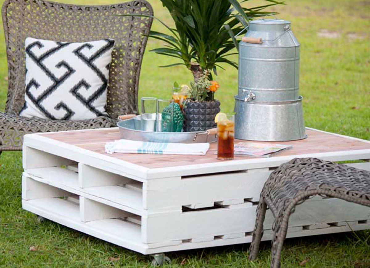 diy patio table easy ways make your own bob vila pallet coffee garden accent what this outdoor black white rug aluminum door threshold gold knobs ashley furniture rustic end