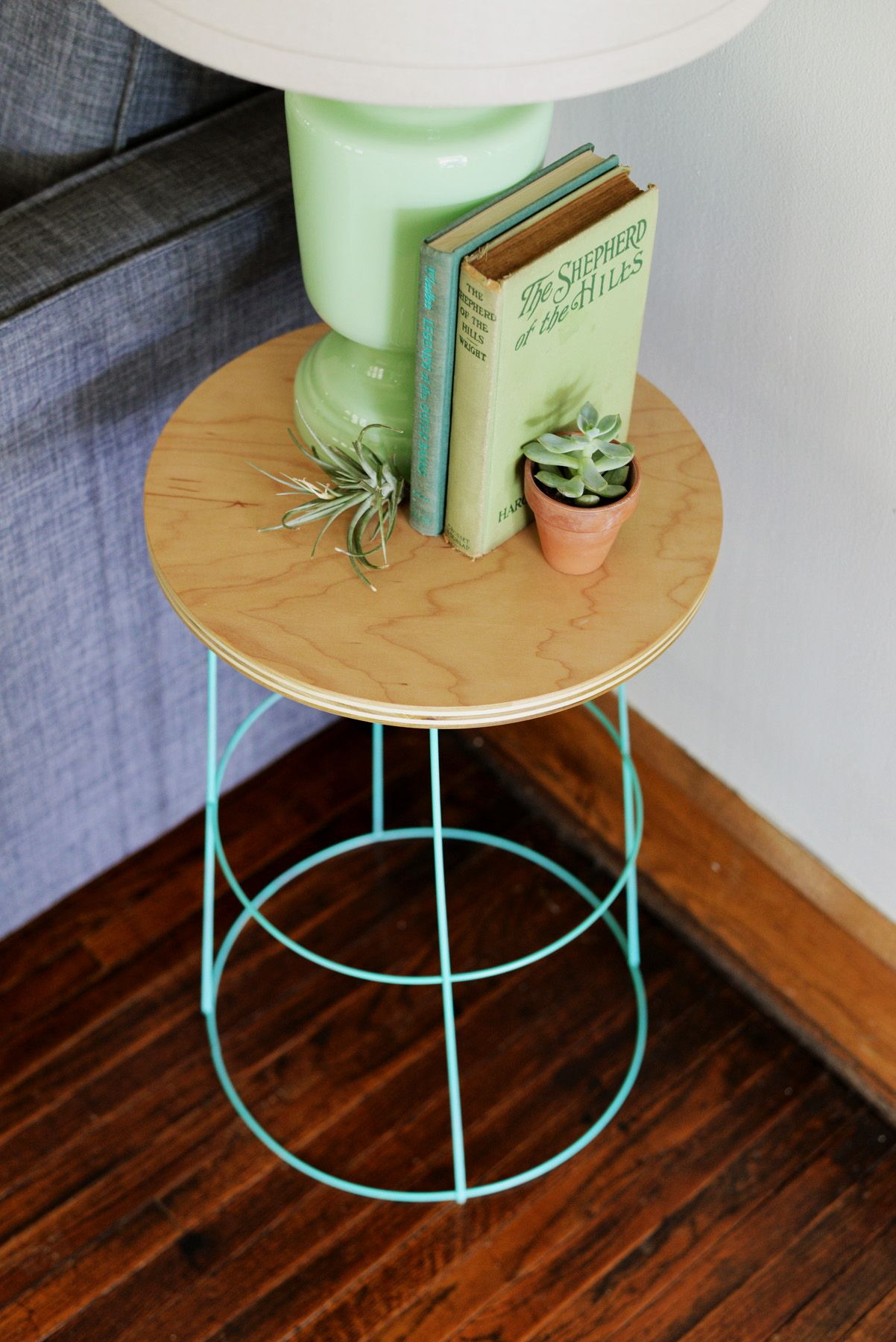 diy tomato cage side table nightstand furniture outdoor sofa height ikea chest drawers bedside with storage modern runner mini tiffany lamps target waldo accent acrylic dining