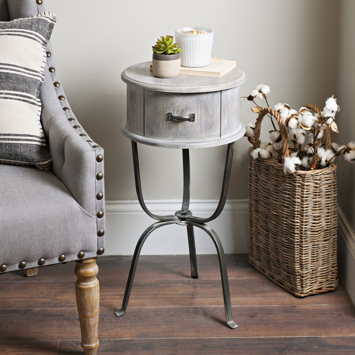 don give style small spaces this accent table was made for tables tight squeeze diy coffee legs timmy nightstand black pottery barn pedestal threshold windham buffet corner