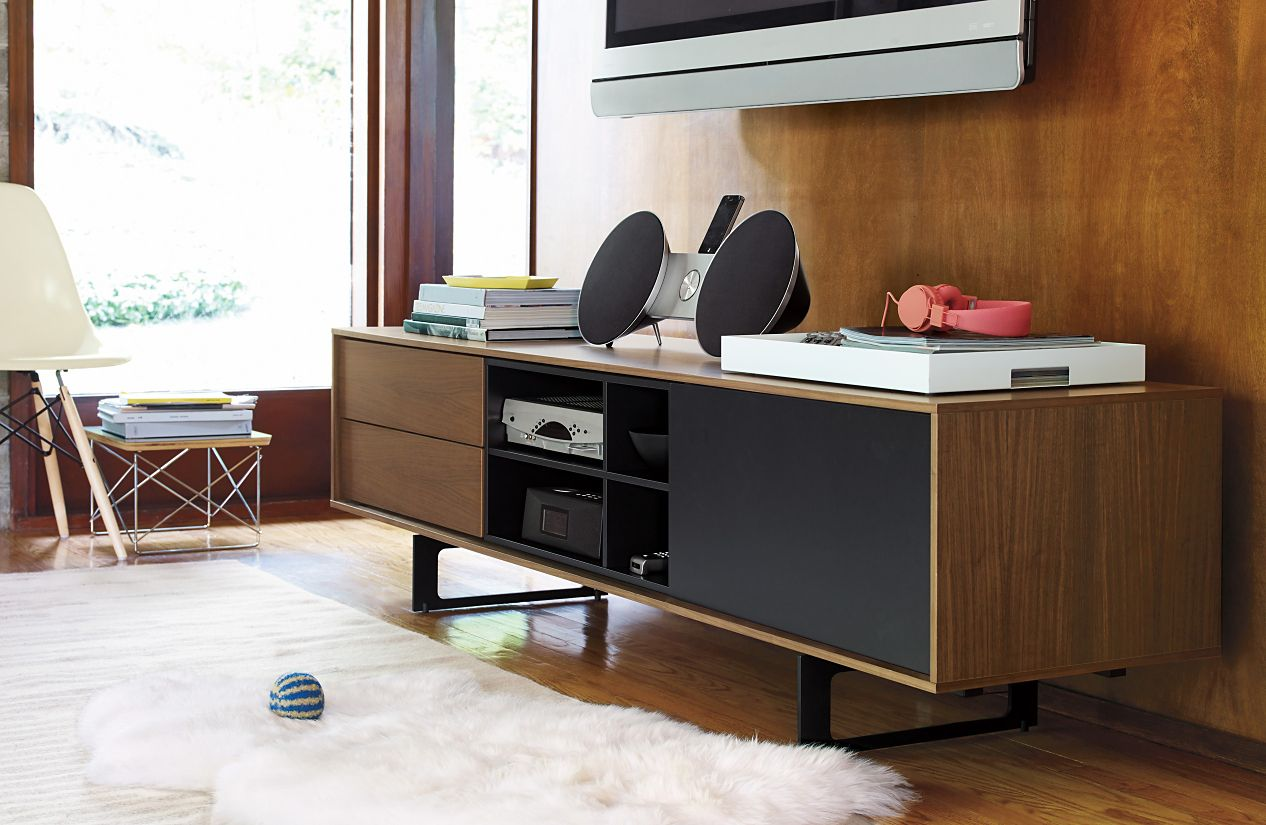 eames wire base low table herman miller ese accent thin console cabinet reclaimed wood corner club chair keter pacific cool bar carpet door threshold wipe clean placemats