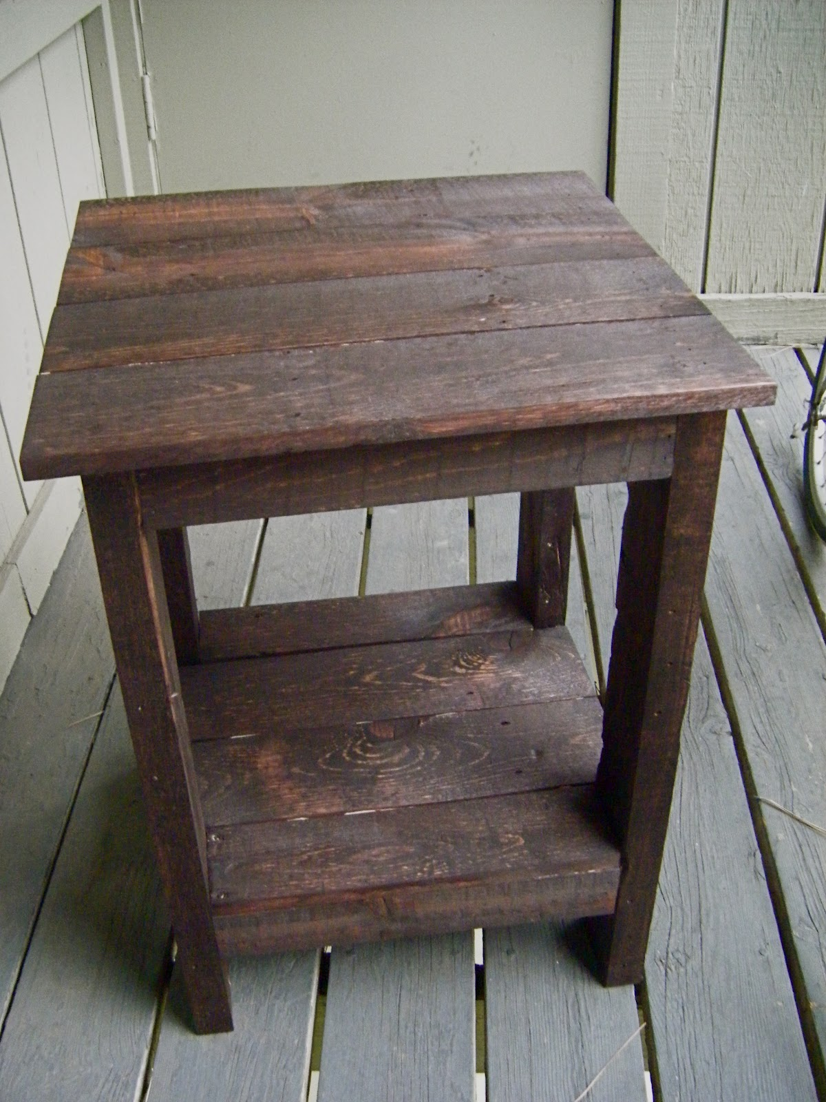 eat live play side table pallet redux diy outdoor accent black furniture small metal garden nautical style end tables extension wrought iron coffee with glass top mini chippendale
