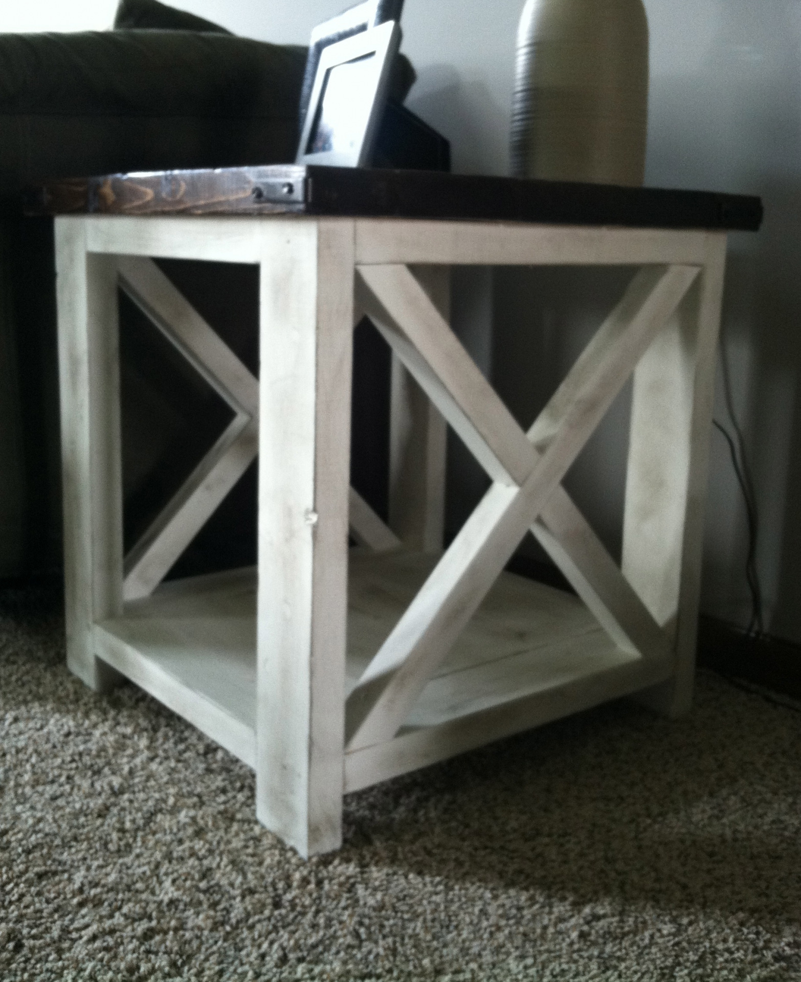 end coffee table ana white rustic diy projects red side accent tables kmart shoe rack furniture row dining centerpiece ideas yellow bedside lamps laptop desk wheels ethan allen