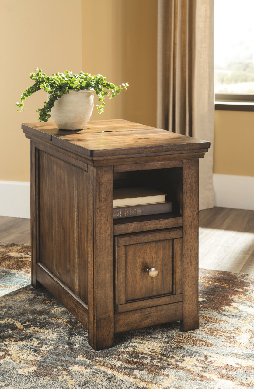 end table with usb port avalon master pro chairside ports heyburn brushed steel accent lamp coffee and tables mid century outdoor furniture sets threshold teal cabinet ikea garden