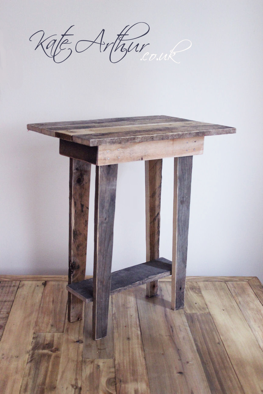 end tables how make table build simple side stacy small out wood diy plans set indoor outdoor wingsto easy coffee ideas pedestal painted level night accent behind sofa called cool