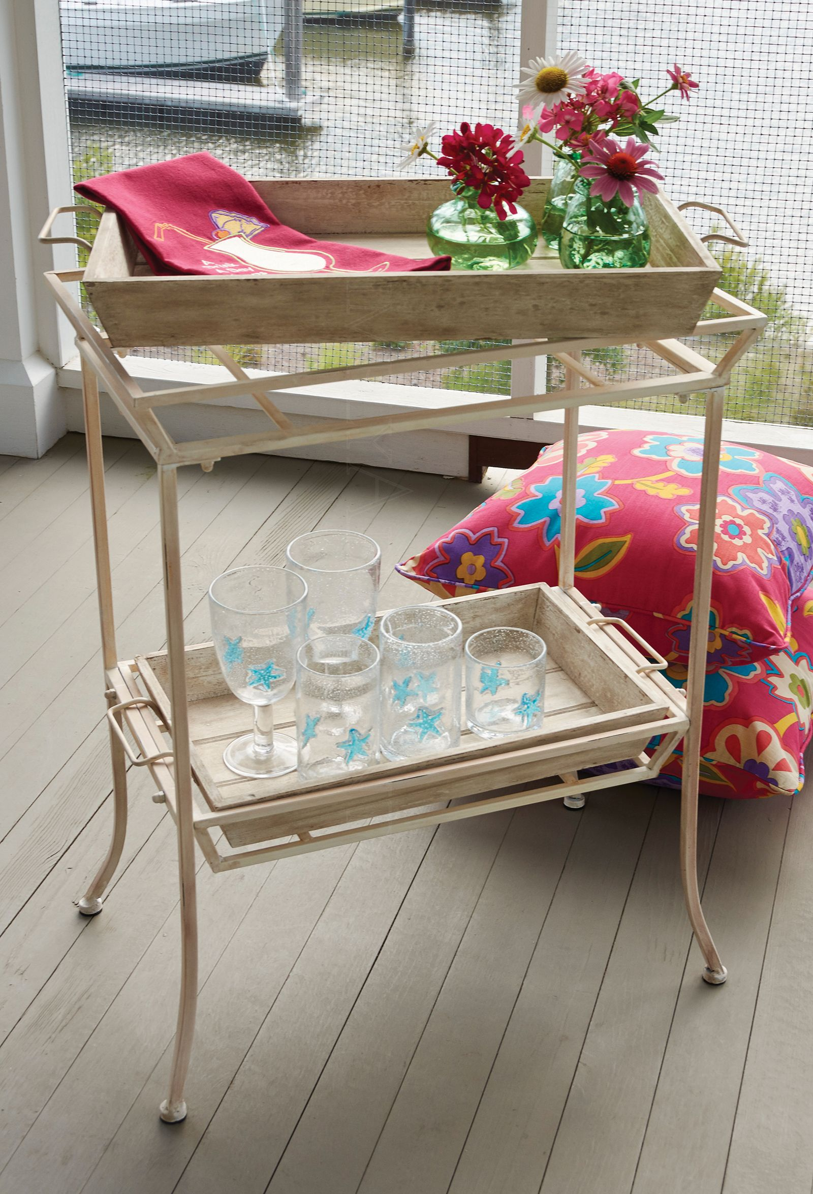 fantastic table with two removable trays perfect the veranda accent tray clear acrylic nest tables teal pieces cordless battery lamps arc floor lamp coffee drawers ikea carpet