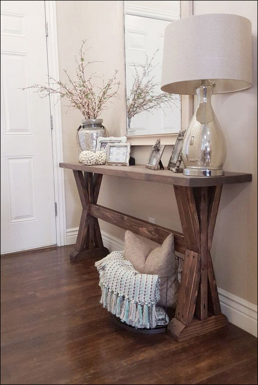 foyer accent table unique adorable rustic farmhouse entryway decorating ideas penny lamps navy chair workbench furniture round coffee with chairs white bedside unit counter height