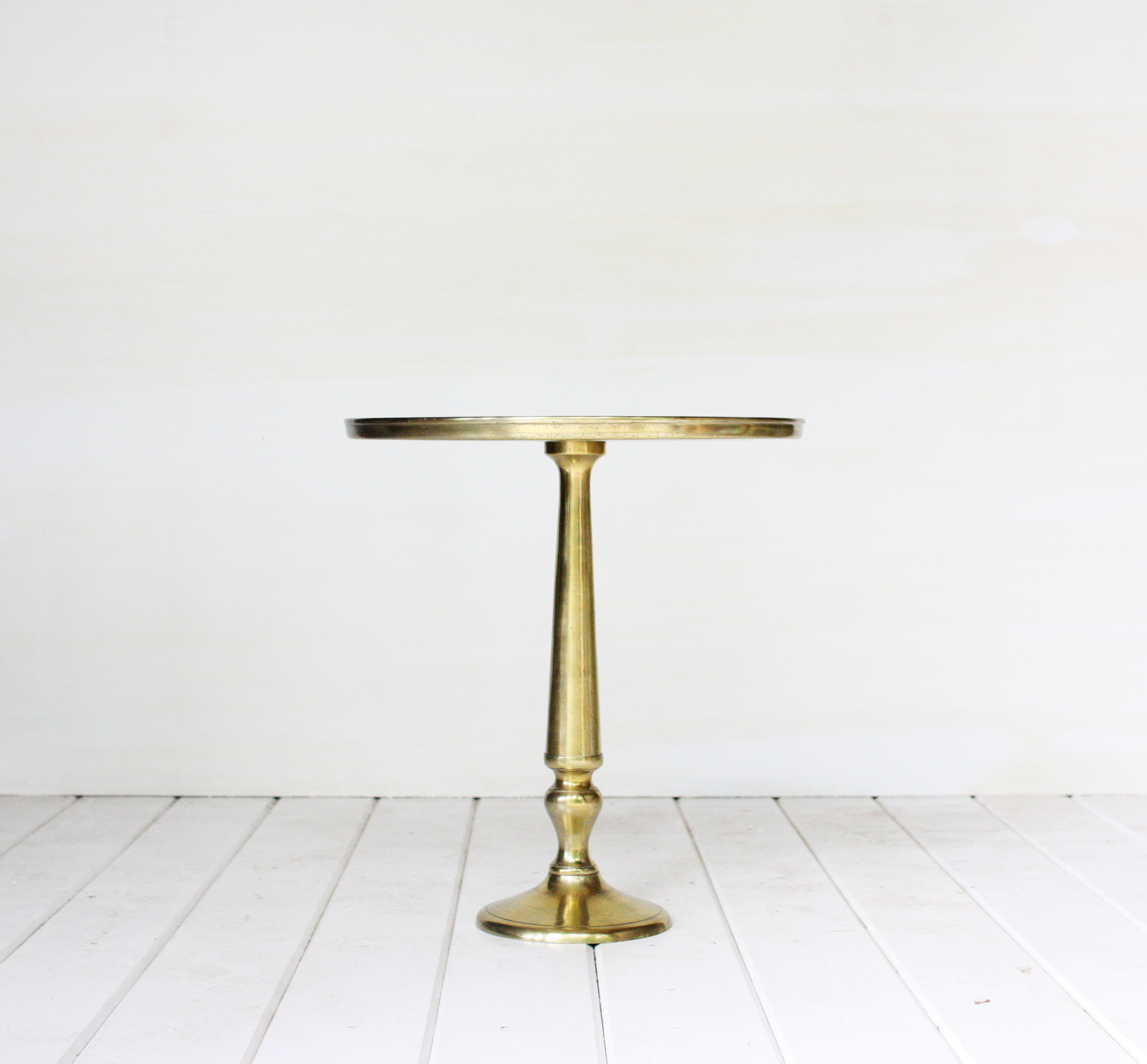 gold accent table vintage rentals goldaccenttable center cover entry for small spaces drum throne entryway with shoe storage crystal desk lamp front porch bench cement base