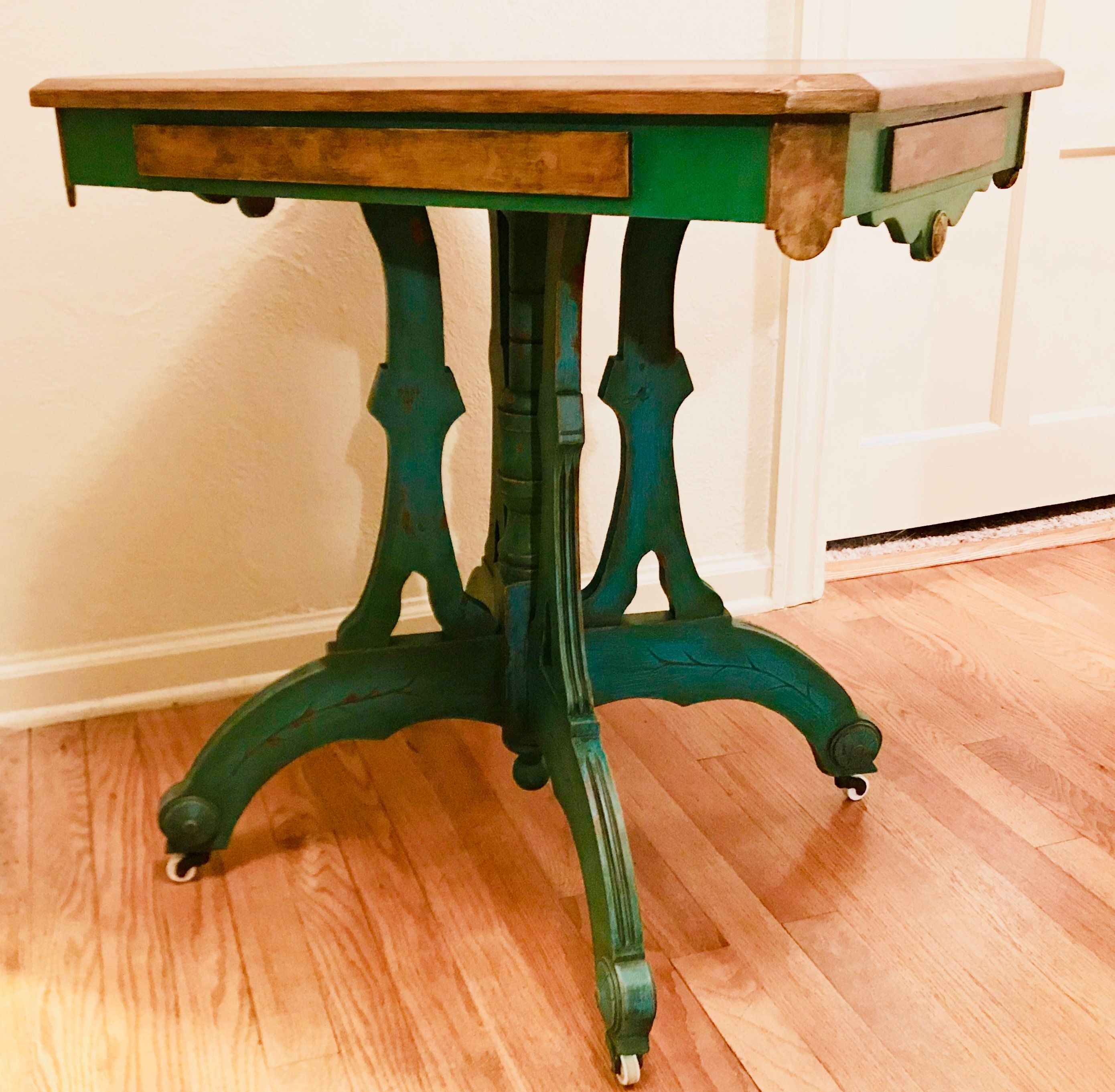 gorgeous green eastlake table end side nightstand victorian accent ethan allen console blue and white oriental lamps outdoor setting covers sofa ikea tables edmonton inch height