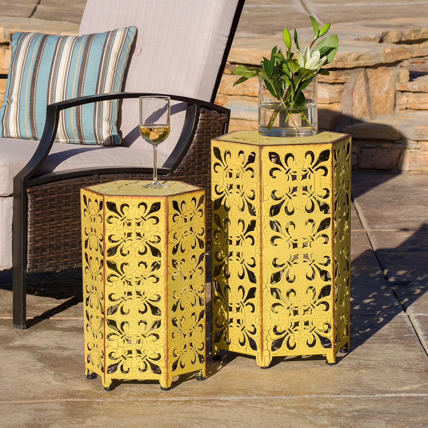 great furniture set utica antique style living spaces accent tables yellow table garden outdoor nautical lamps ikea toy storage cubes razer ouroboros elite ambidextrous ginger jar