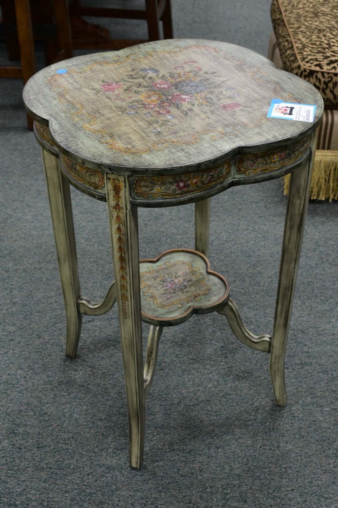 green accent table consign furniture dsc this attractive displays unique floral design that looks fabric white mirrored console owings pretty round tablecloths chestnut wood slab