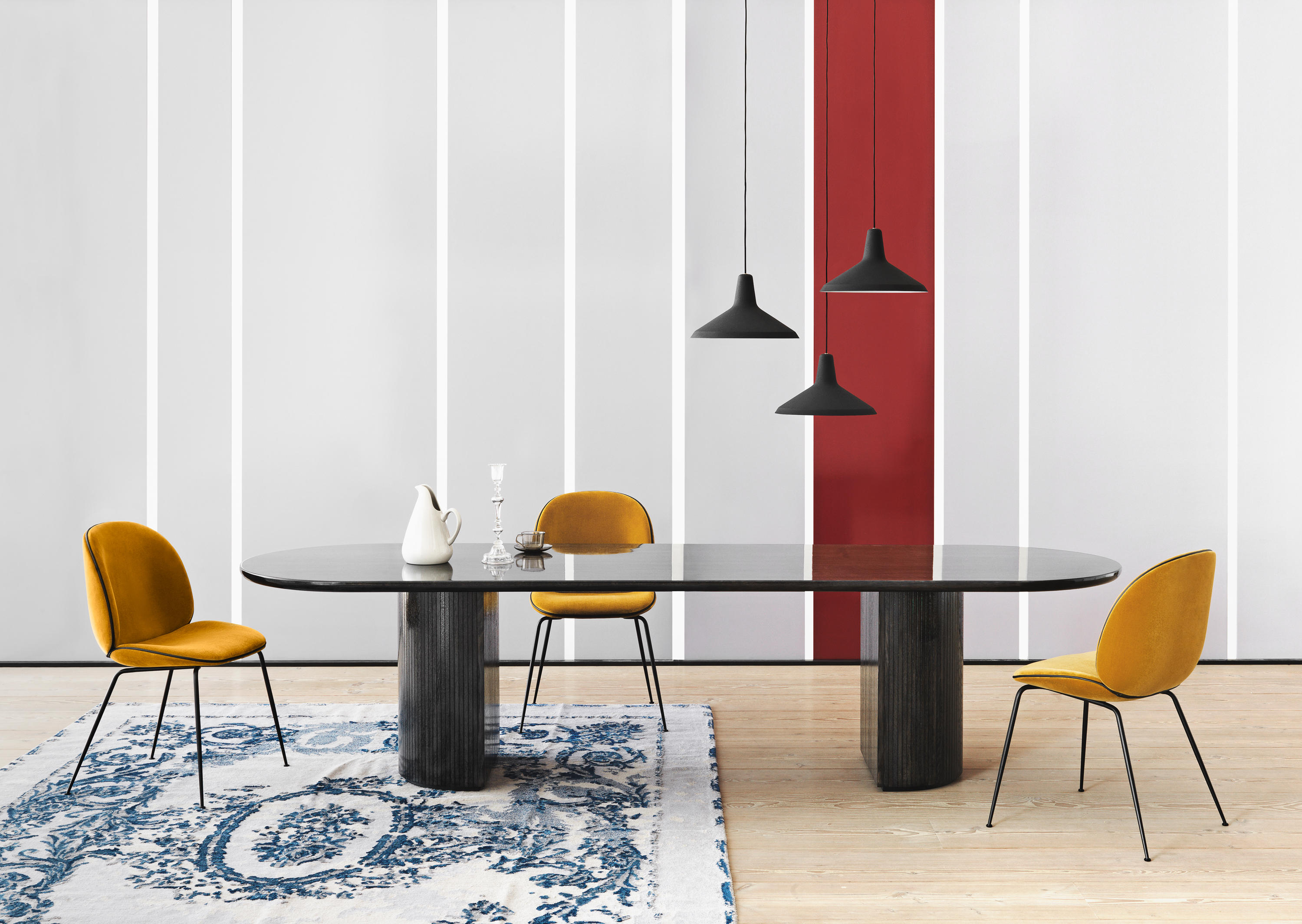 half moon table furniture small house interior design midnight glossy pendant matt black beetle chair velluto cotone accent dining tables from gubi architonic and chairs ideas