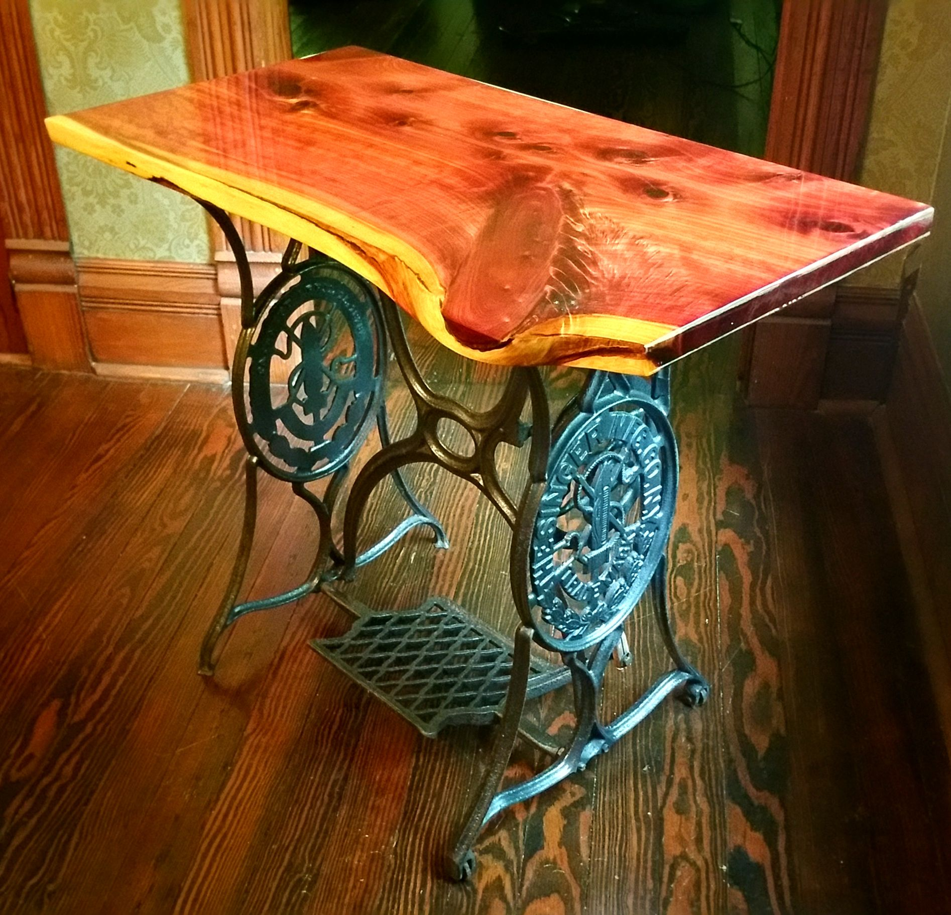 hand crafted live edge accent end table rustics and brown custom made dale tiffany tulip lamp delta furniture drop leaf with folding chairs wicker storage side for living room