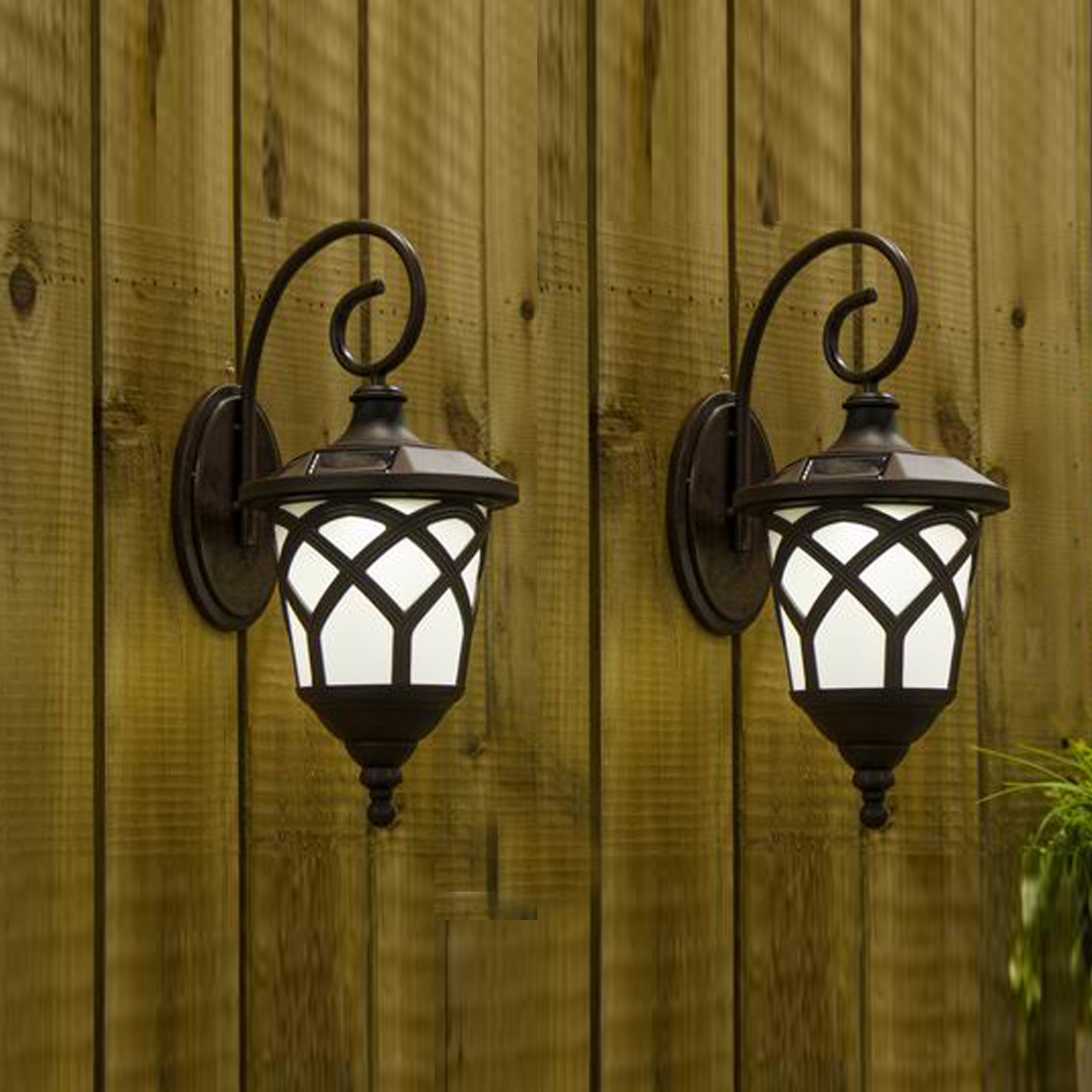 hanging outdoor solar lantern light wall set metal accent table chrome round kitchen sets for couches edmonton quilted runner ideas nautical lamp french bistro marble top nesting