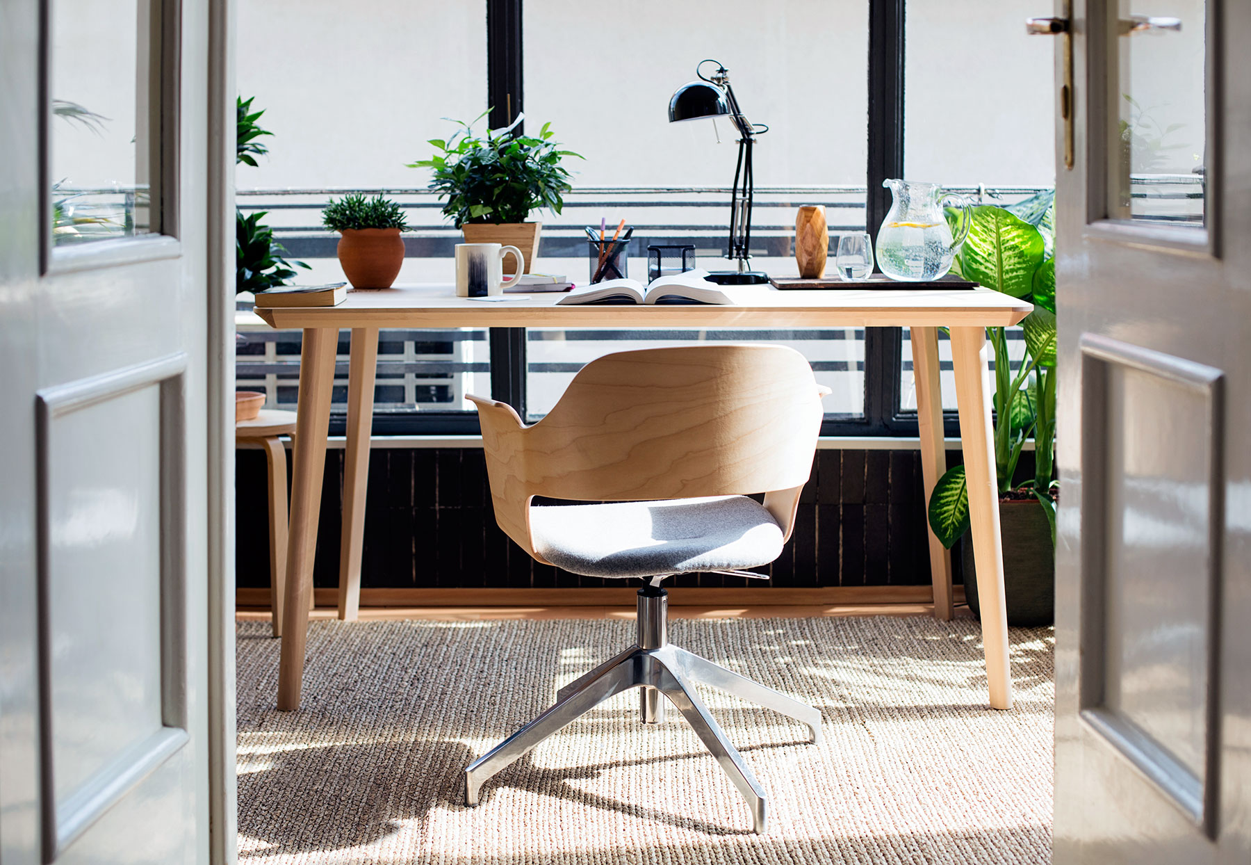 home office ideas that will make you want work all day real parquet accent table target simple concrete patio cordless battery lamp red umbrella hand painted drawers nautical