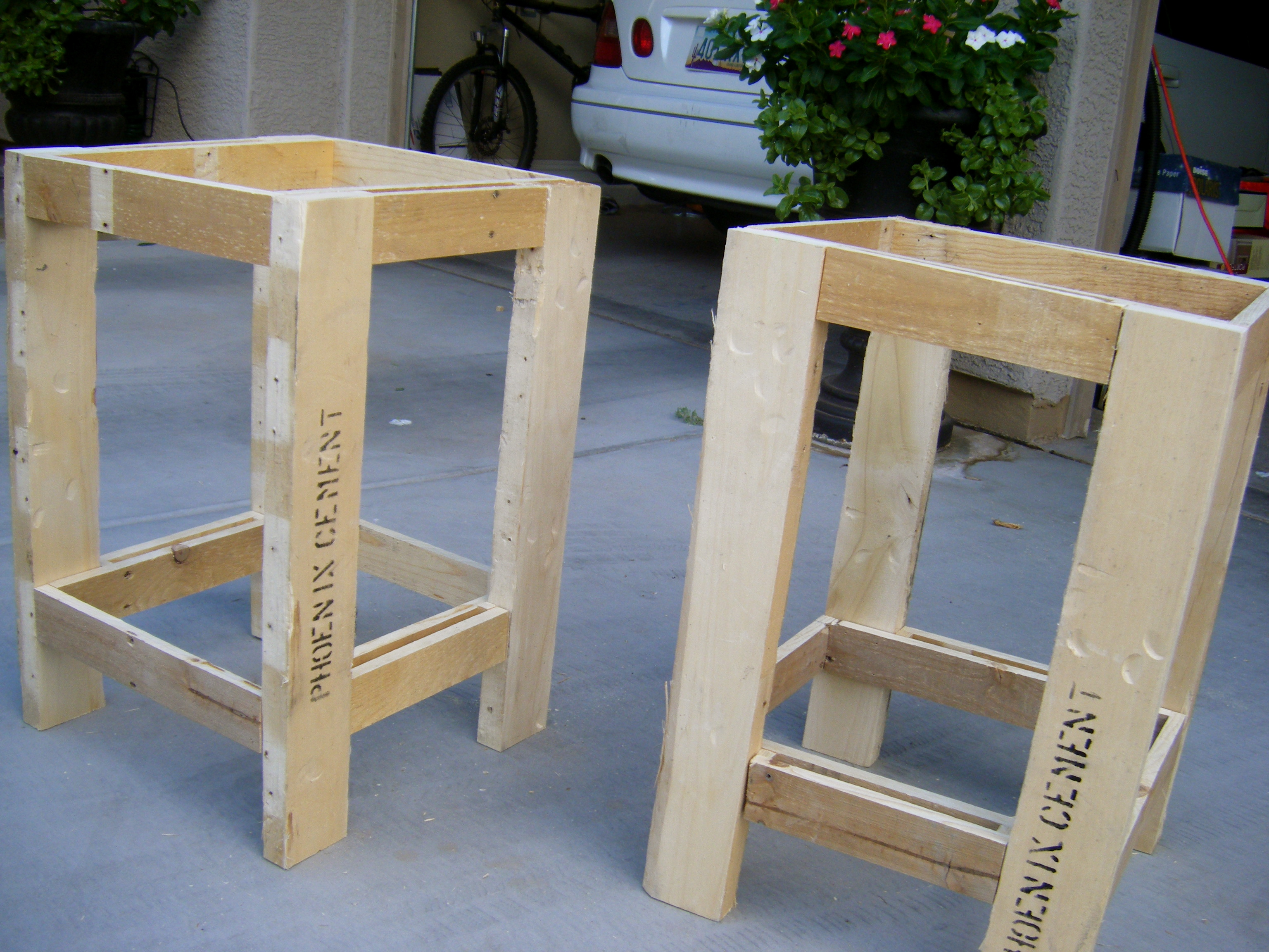 impressive diy outdoor side table plans forazhouse amusing tryed pallet redux accent modern end with drawer center decor cherry tables target curtain rods industrial coffee patio