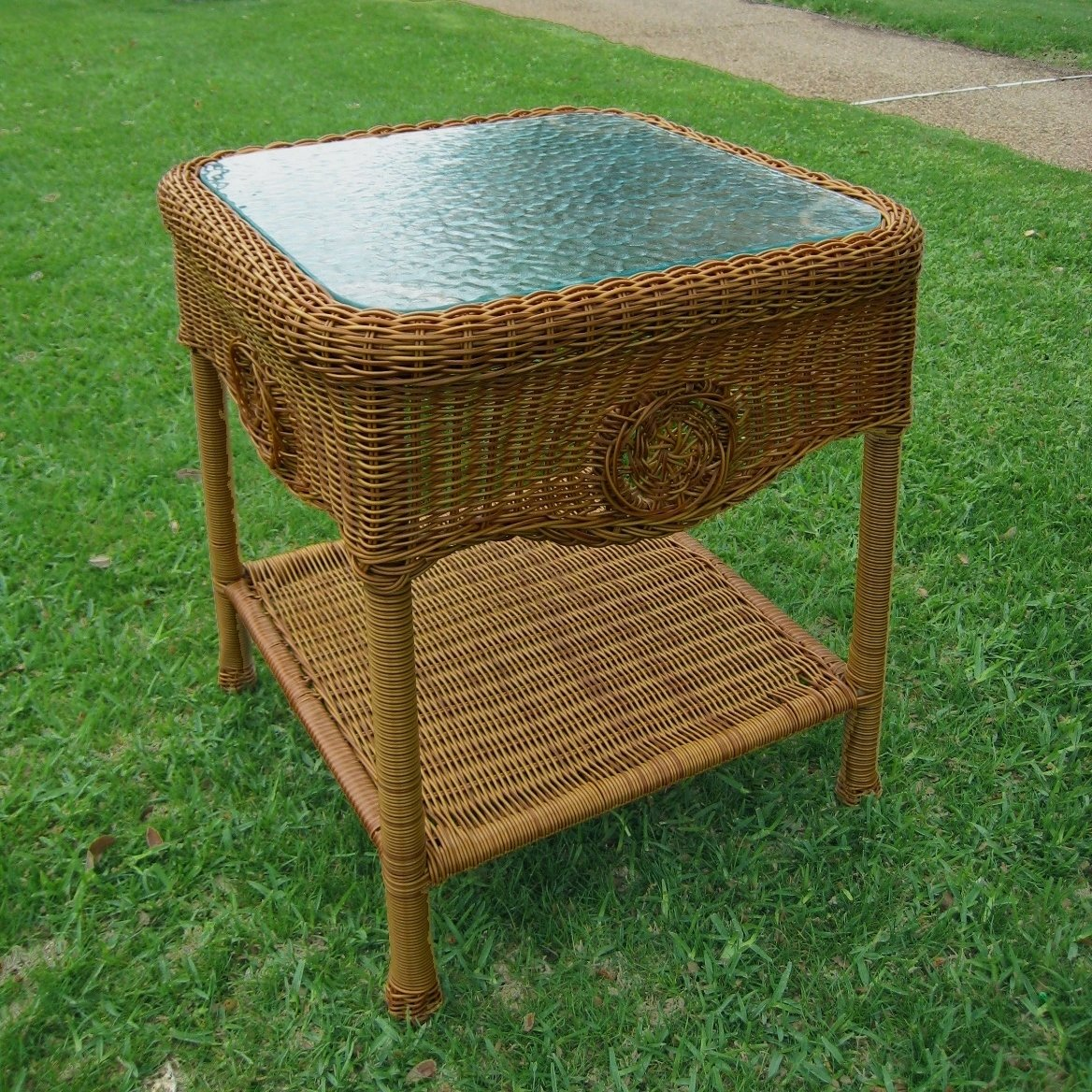 international caravan chelsea inch resin wicker side table outdoor brown free shipping today night lamp patio umbrella with base included modern accent drawer lucite coffee