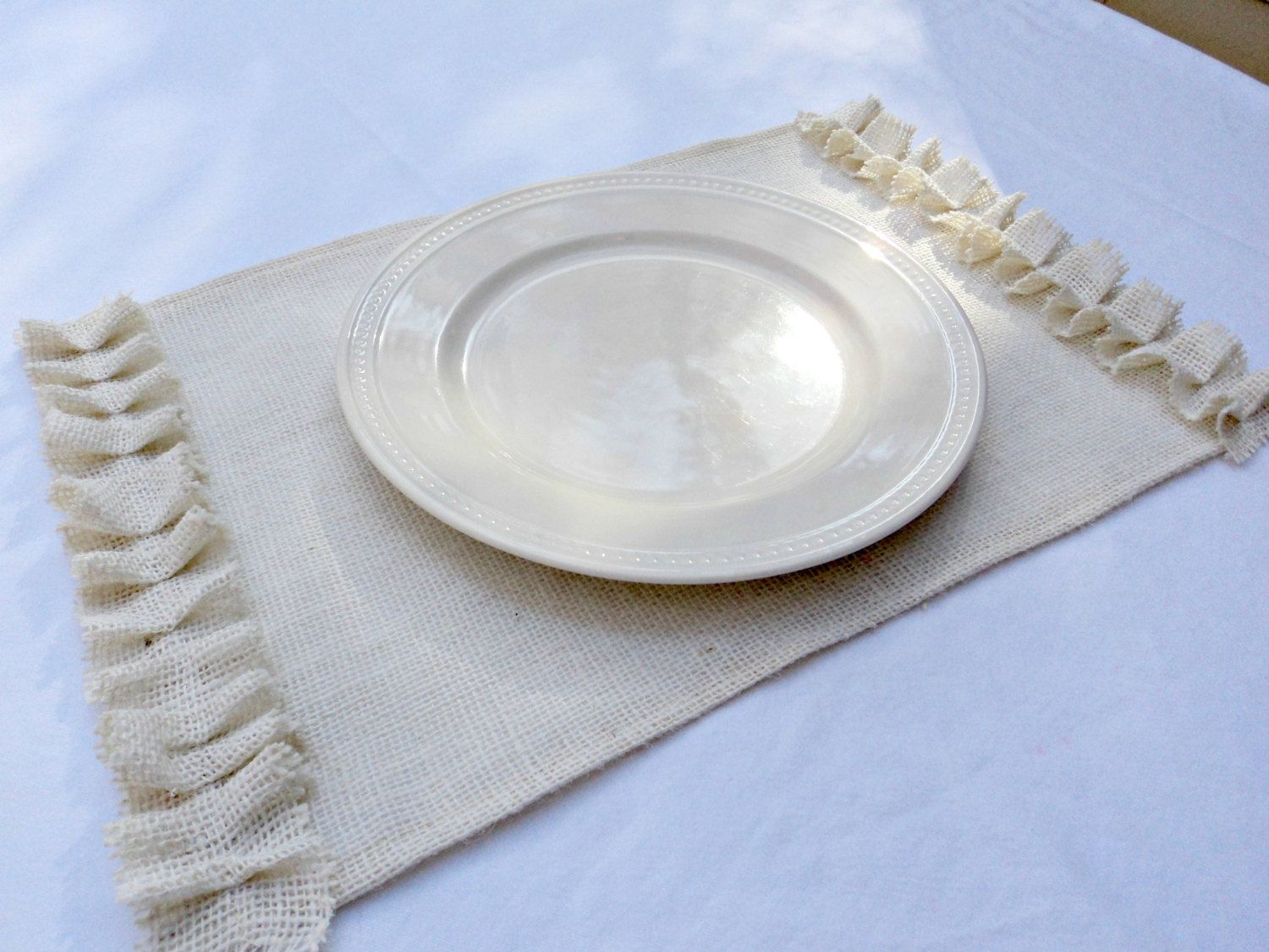 ivory burlap placemats for the home decor table accent placemat winter white wicker lawn furniture dark wood coffee with storage high end tables lime green outdoor side ott mirror