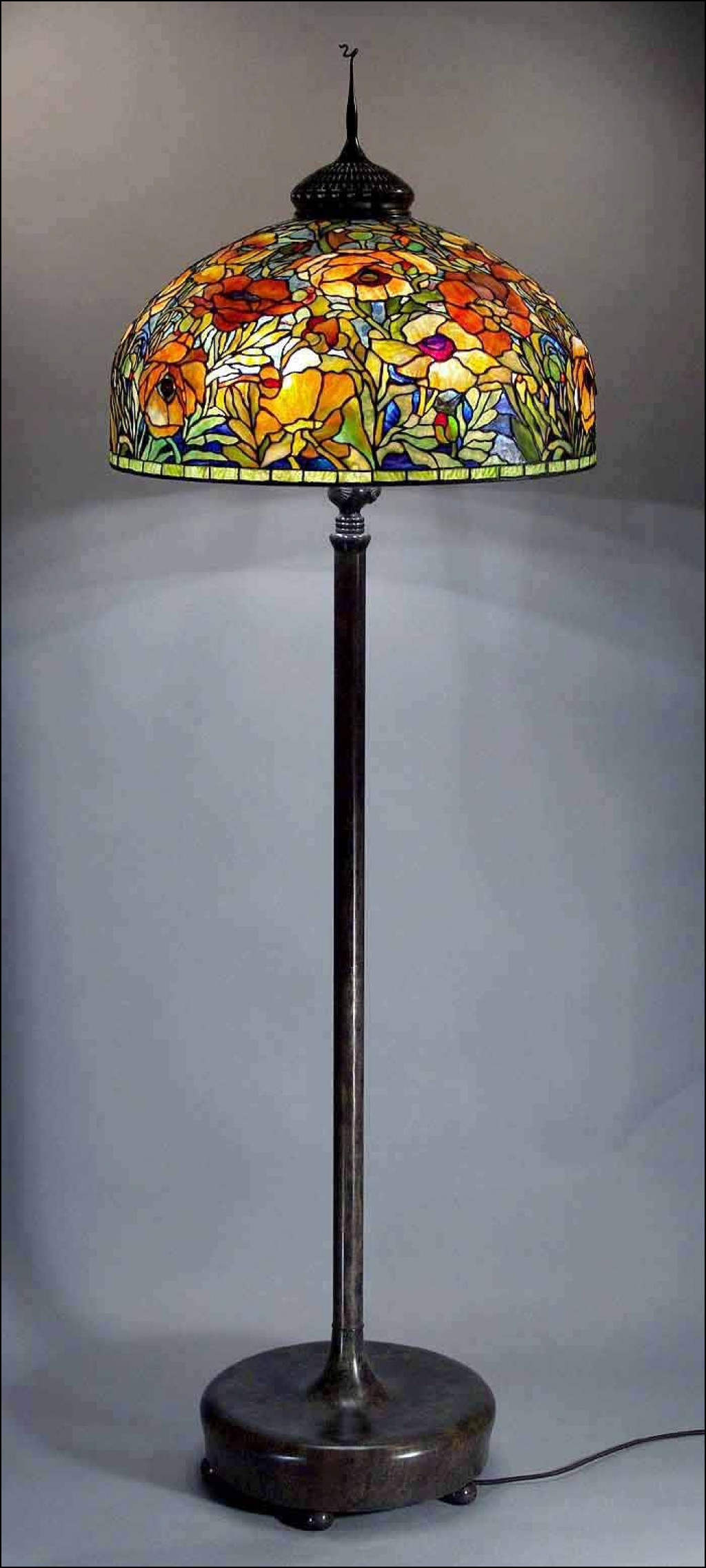 lamps dale tiffany table best lamp lowell beautiful stained mosaic accent gold home accessories round occasional tables with drawers decorative for dining room brown wicker patio