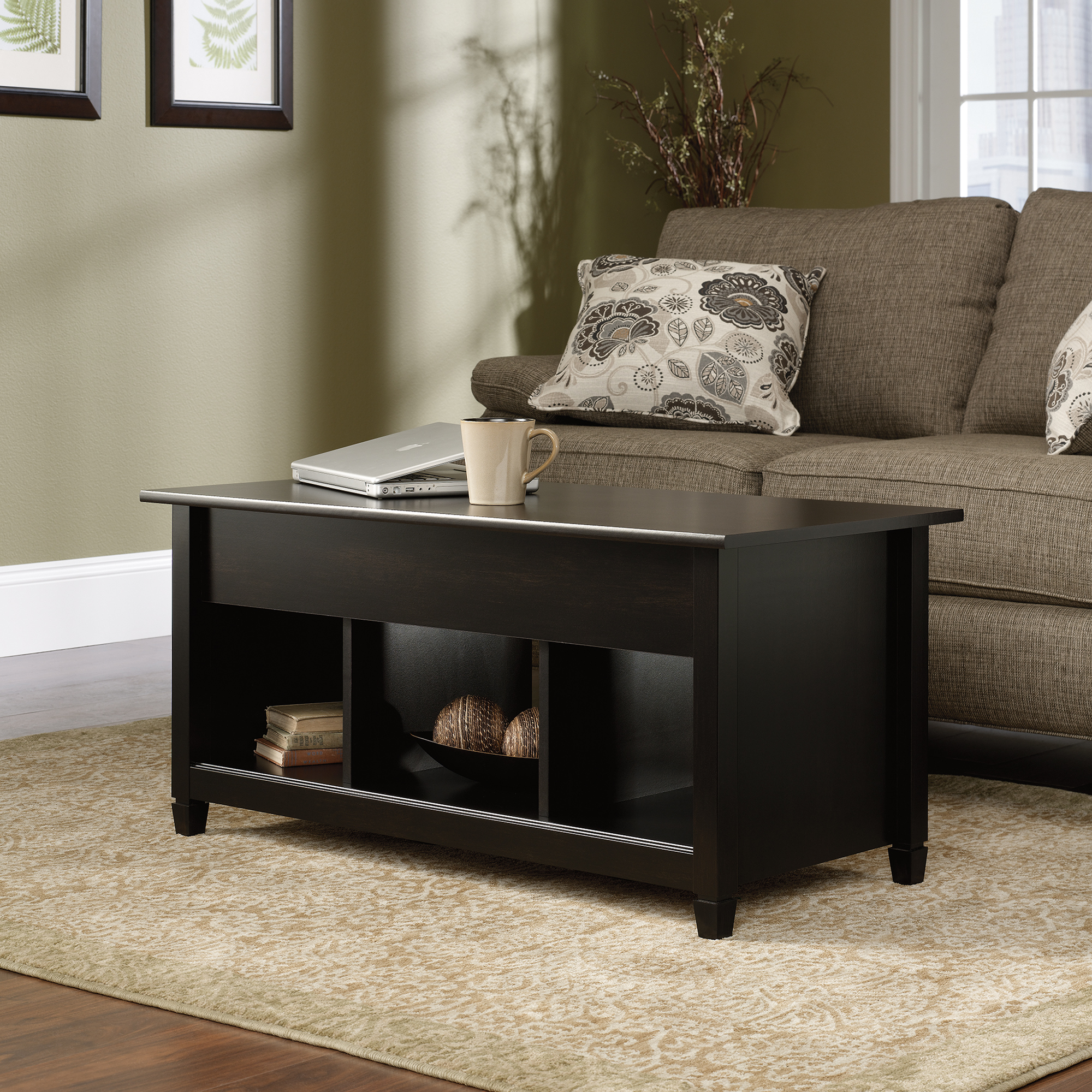 lift top coffee table accent tables trunk style light oak lucite faux marble full size oval with storage outdoor patio cooler concrete set lazy boy furniture reviews mid century