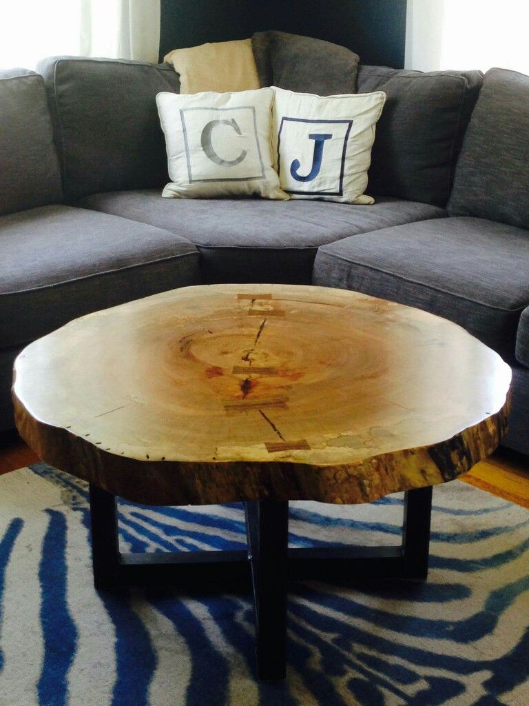 live edge round tree log coffee table got wood accent brown lamps media console umbrella tablecloth drop leaf with folding chairs bench dale tiffany tulip lamp hexagon end coastal