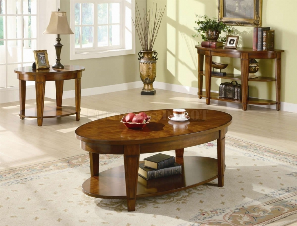 living room awesome side table decorations decorate ideas for ovele varnished wood shelves beige floral area rugs black traditional lamp tan wooden laminate flooring round accent
