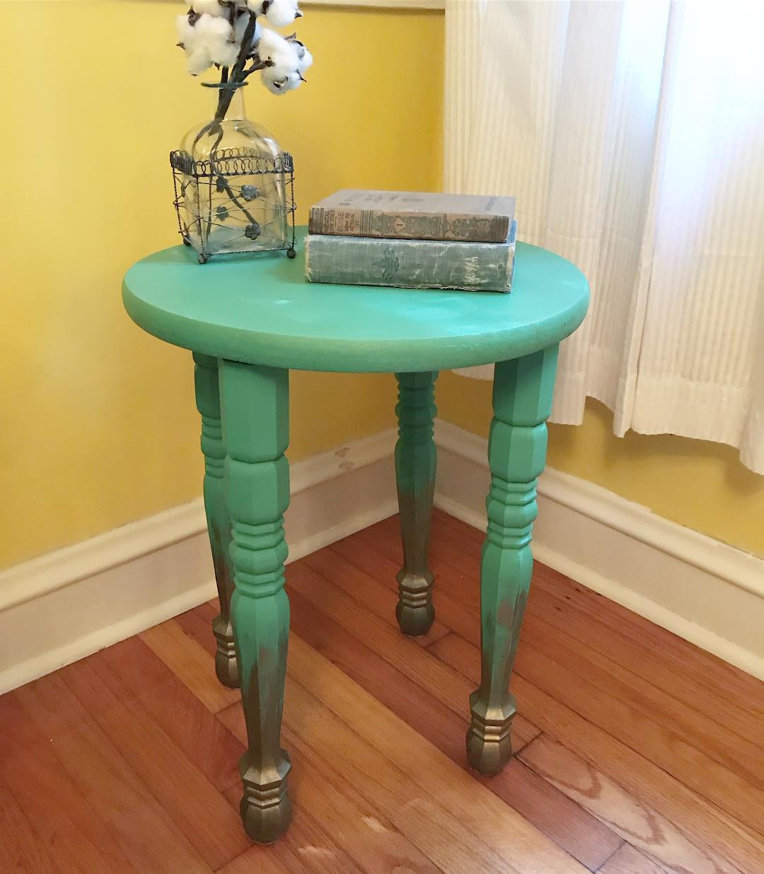 minttable visiteiffel mint green accent table this now for please message directly inquire about purchasing and shipping stone end tables tall nautical lamp orange bedside gold