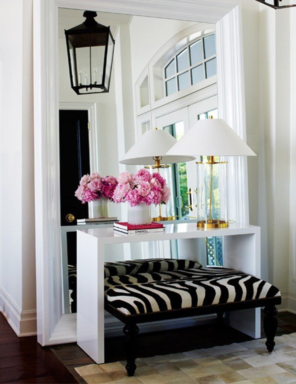 mirrors interesting entry room decor ideas with entryway mirror foyer console table and set lamp accent tures bench round for brass drum coffee side ikea plastic storage boxes