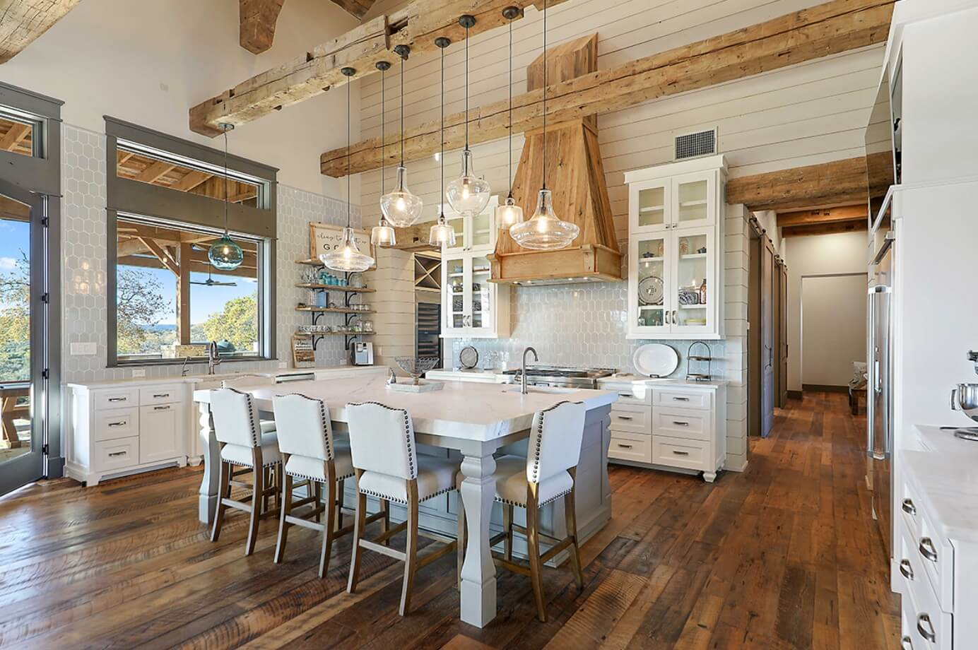 modern farmhouse kitchen color ideas white accent table easy ways your adjustable lamp pier one bedding unicorn john lewis side tables big and tall recliners half moon with