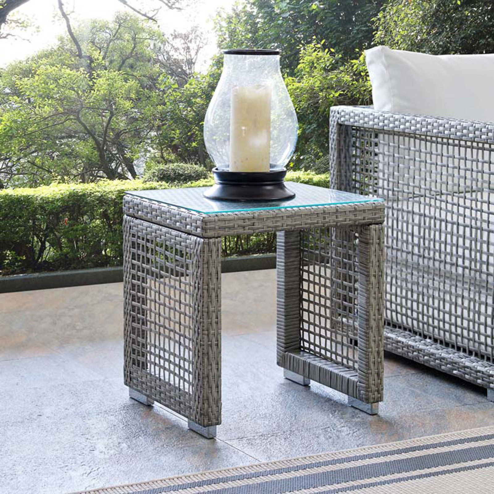 modern open weave outdoor side table shades light gray rectangular trestle round mats inexpensive legs imitation furniture antique blue end chairs west elm telescoping lamp yellow