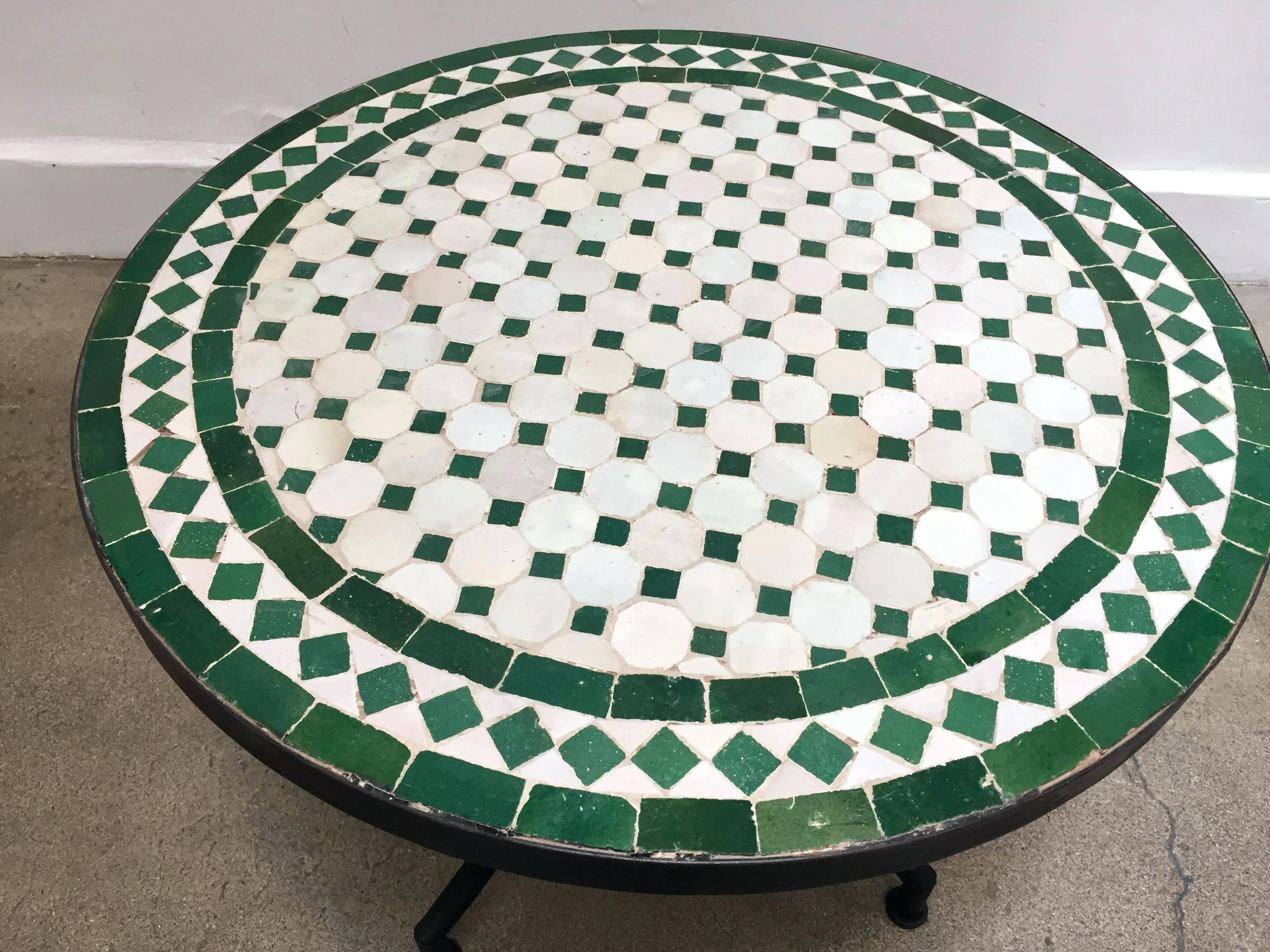 mosaic tile outdoor side table accent low iron base green and white for home theater ideas library country magazine subscription small shelves target round nest coffee tables zinc