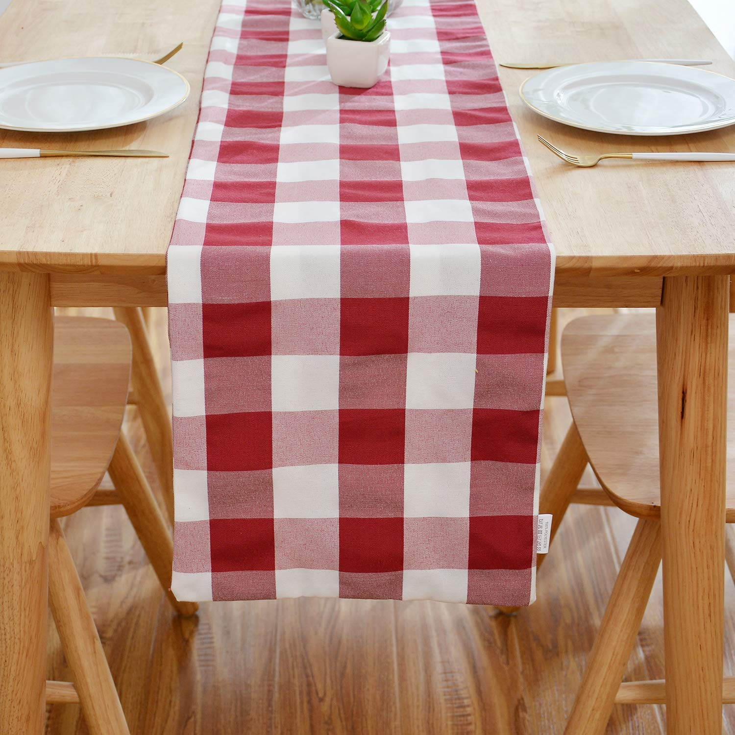 natus weaver red white buffalo check table runner accent cloth side for family dinners gatherings indoor outdoor parties everyday use pier one seat cushions patterns mirror ikea